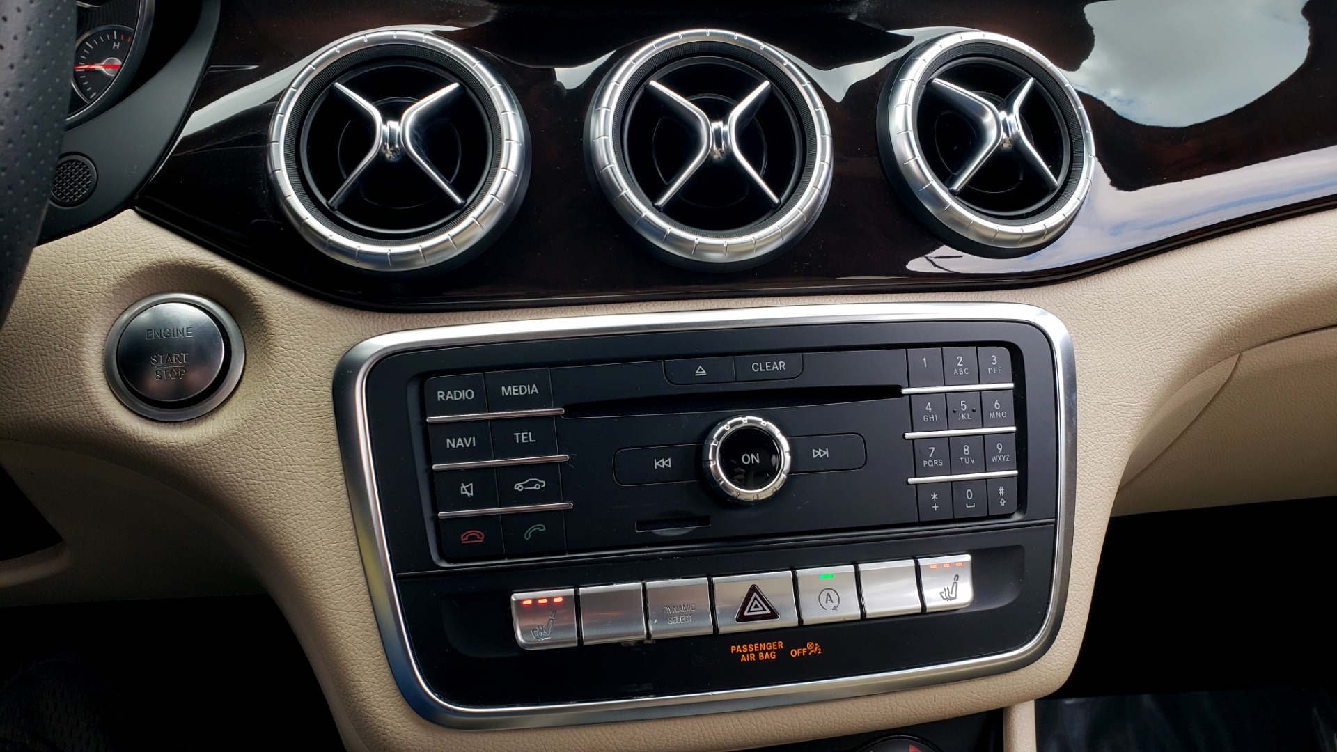 Used 2018 Mercedes-Benz CLA 250 / HEATED SEATS / BSA / APPLE CARPLAY / ANDROID AUTO / 18IN WHEEL for sale $24,195 at Formula Imports in Charlotte NC 28227 45