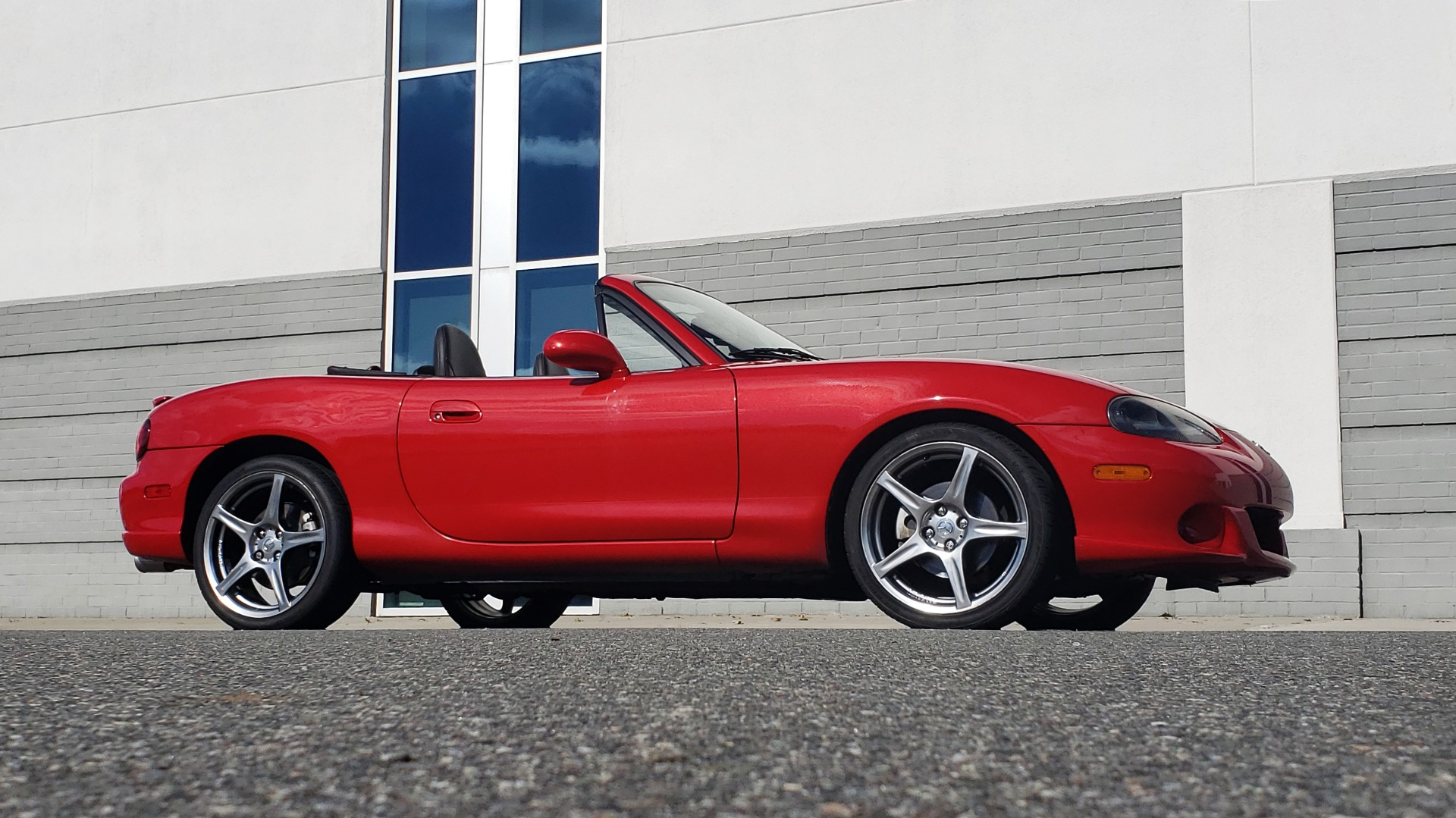 Used 2004 Mazda MX-5 MIATA 2DR CONVERTIBLE MAZDASPEED / GRAND TOURING PKG for sale Sold at Formula Imports in Charlotte NC 28227 10