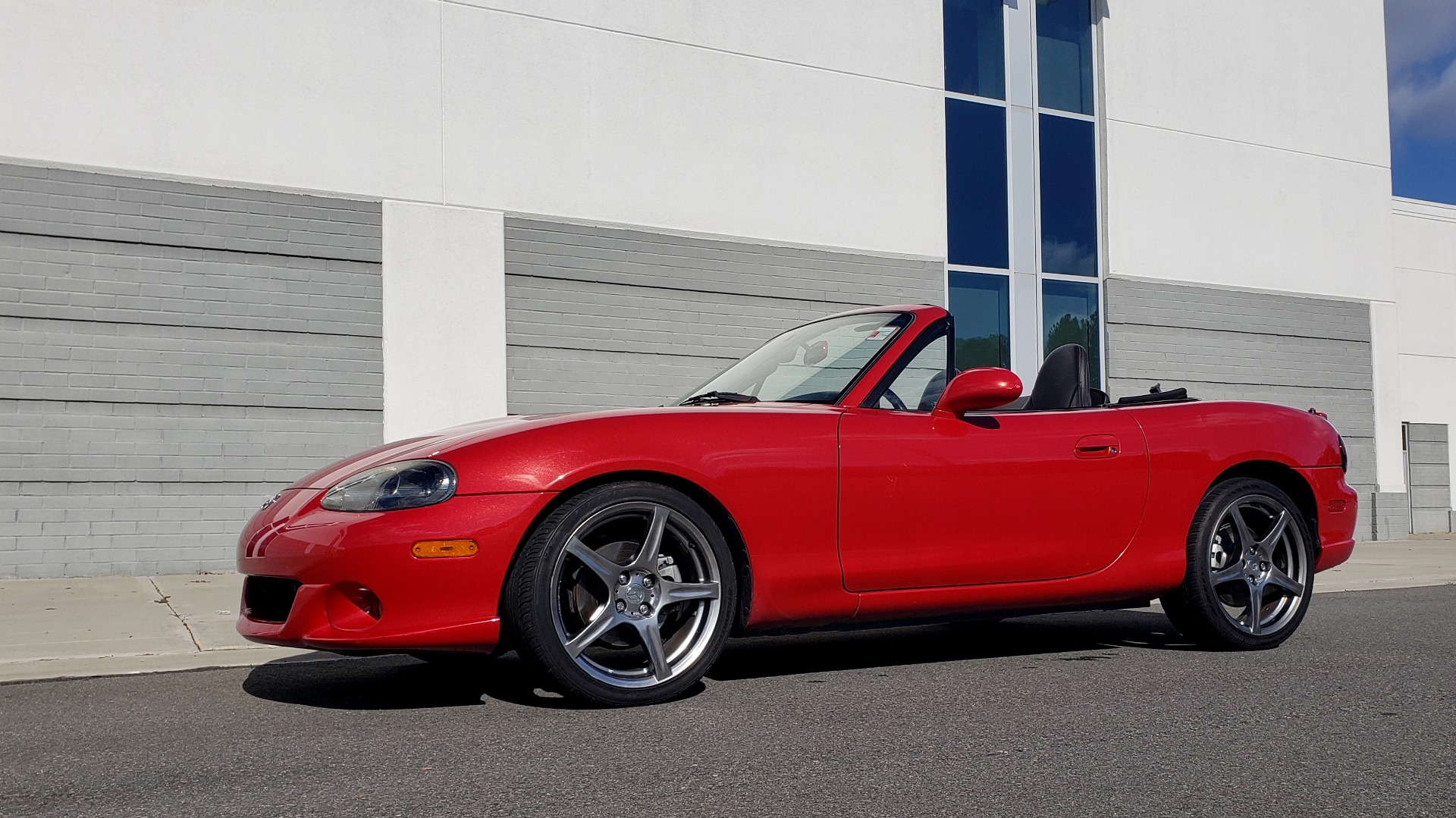 Used 2004 Mazda MX-5 MIATA 2DR CONVERTIBLE MAZDASPEED / GRAND TOURING PKG for sale Sold at Formula Imports in Charlotte NC 28227 4