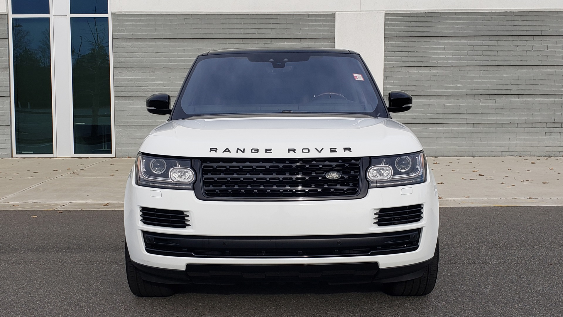 Used 2017 Land Rover RANGE ROVER HSE TD6 DIESEL / 4WD / NAV / MERIDIAN / PANO-ROOF / REARVIEW for sale $59,999 at Formula Imports in Charlotte NC 28227 20