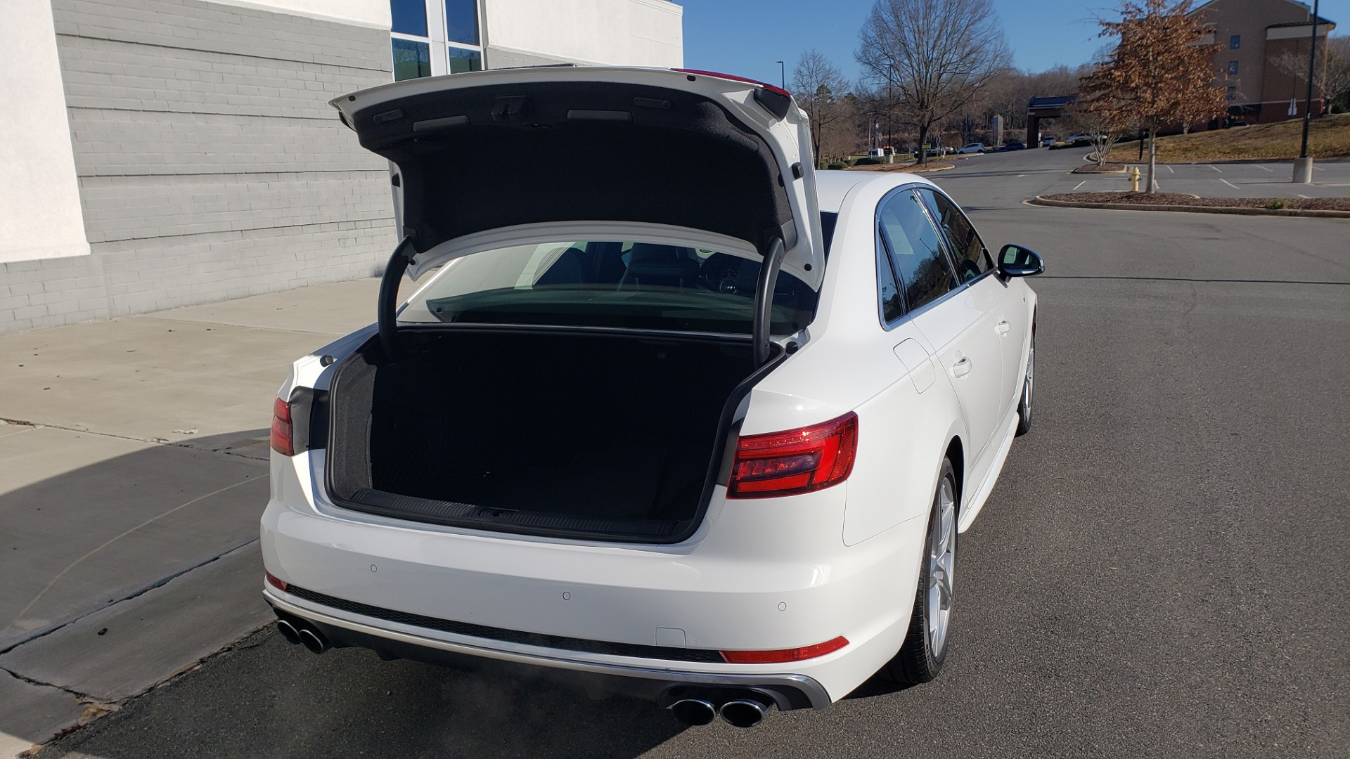 Used 2018 Audi S4 PREMIUM PLUS / TECH PKG / NAV / CLD WTHR / REARVIEW for sale Sold at Formula Imports in Charlotte NC 28227 21