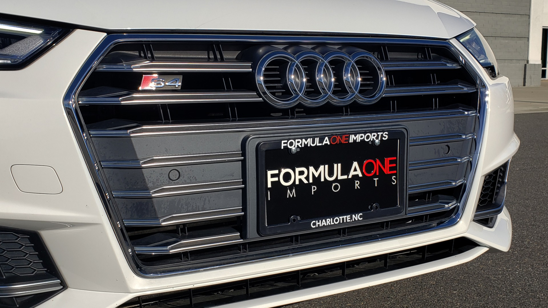 Used 2018 Audi S4 PREMIUM PLUS / TECH PKG / NAV / CLD WTHR / REARVIEW for sale Sold at Formula Imports in Charlotte NC 28227 25