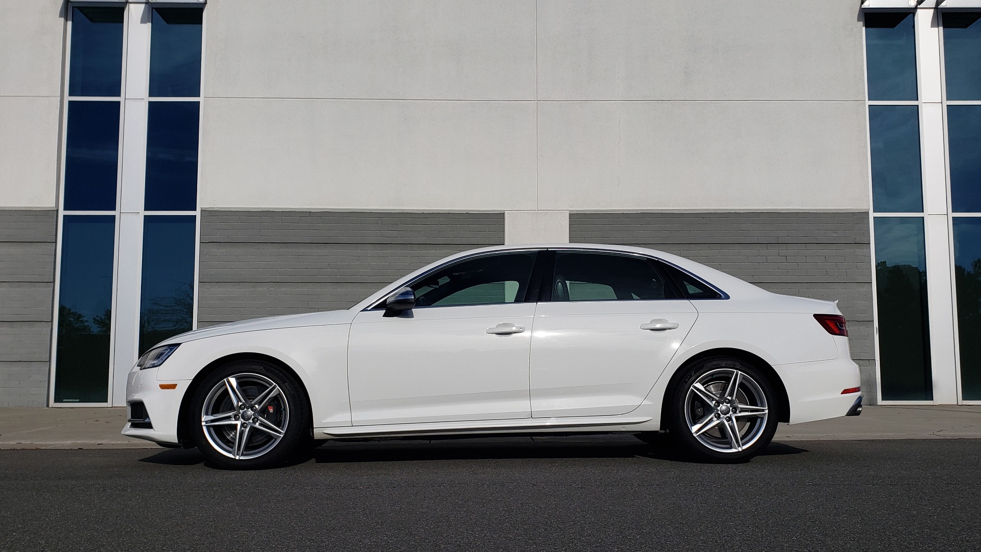 Used 2018 Audi S4 PREMIUM PLUS / TECH PKG / NAV / CLD WTHR / REARVIEW for sale Sold at Formula Imports in Charlotte NC 28227 4