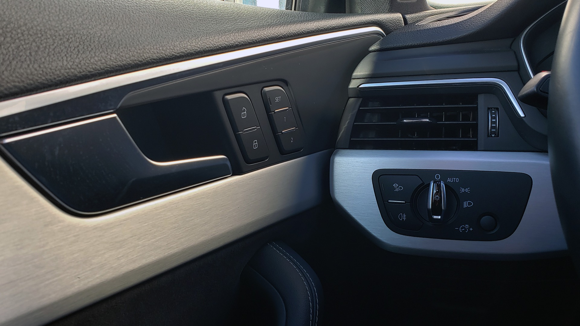 Used 2018 Audi S4 PREMIUM PLUS / TECH PKG / NAV / CLD WTHR / REARVIEW for sale Sold at Formula Imports in Charlotte NC 28227 41