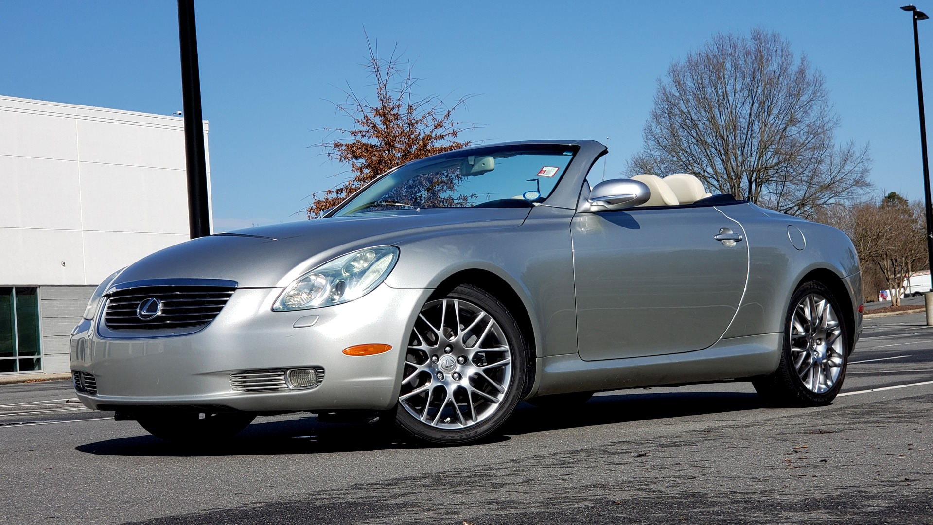 Used 2004 Lexus SC 430 CONVERTIBLE / 4.3L V8 / 5-SPD AUTO / MARK LEVINSON / 18IN WHEELS for sale Sold at Formula Imports in Charlotte NC 28227 1