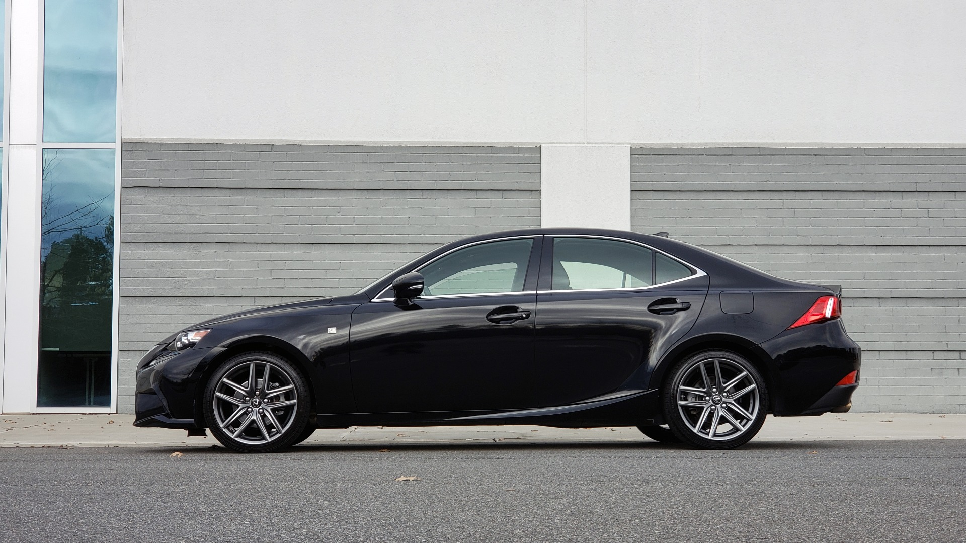Used 2015 Lexus IS 250 F-SPORT / BLIND SPOT MON / SUNROOF / REARVIEW for sale Sold at Formula Imports in Charlotte NC 28227 2