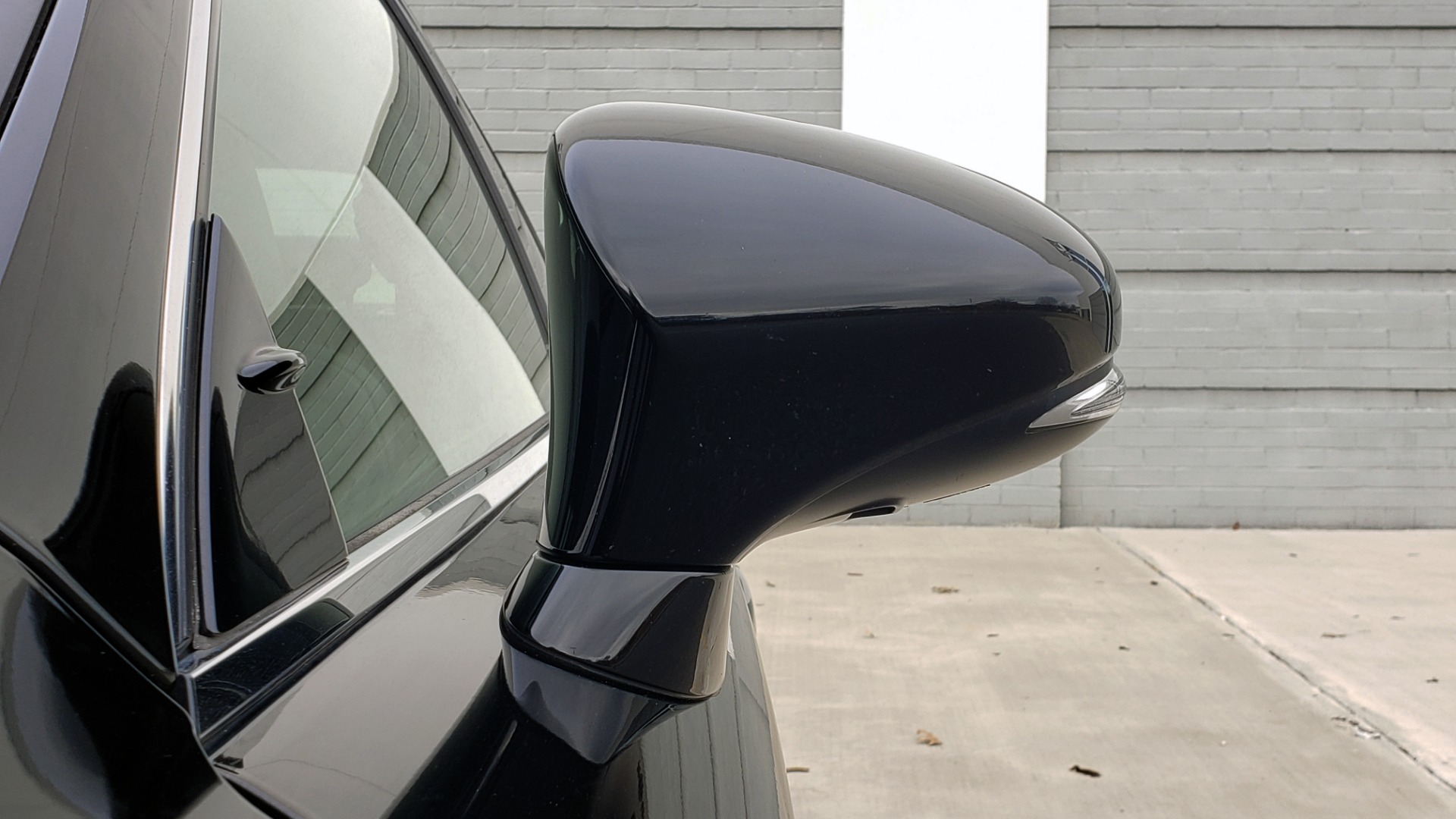 Used 2015 Lexus IS 250 F-SPORT / BLIND SPOT MON / SUNROOF / REARVIEW for sale Sold at Formula Imports in Charlotte NC 28227 23