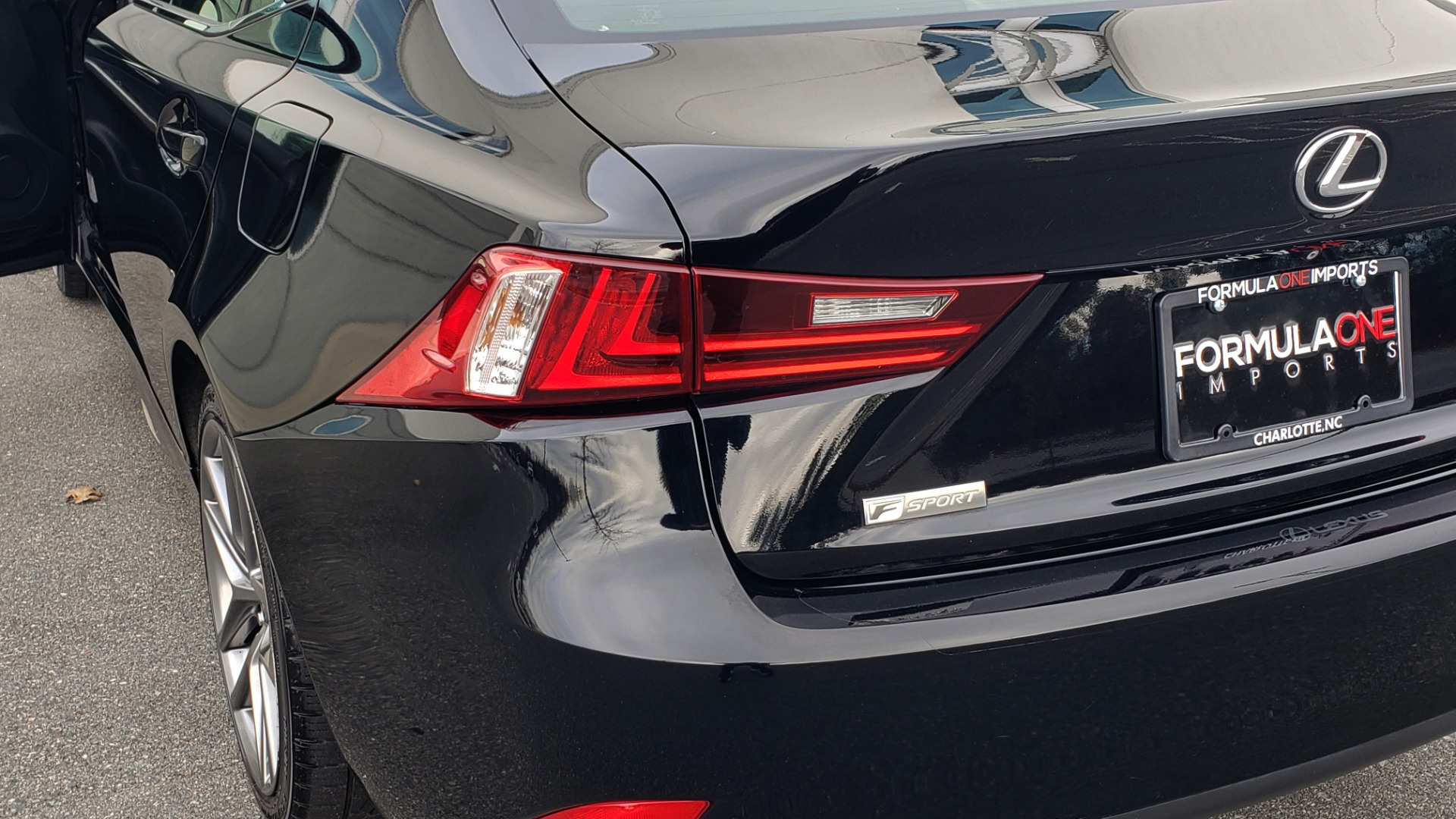 Used 2015 Lexus IS 250 F-SPORT / BLIND SPOT MON / SUNROOF / REARVIEW for sale Sold at Formula Imports in Charlotte NC 28227 26