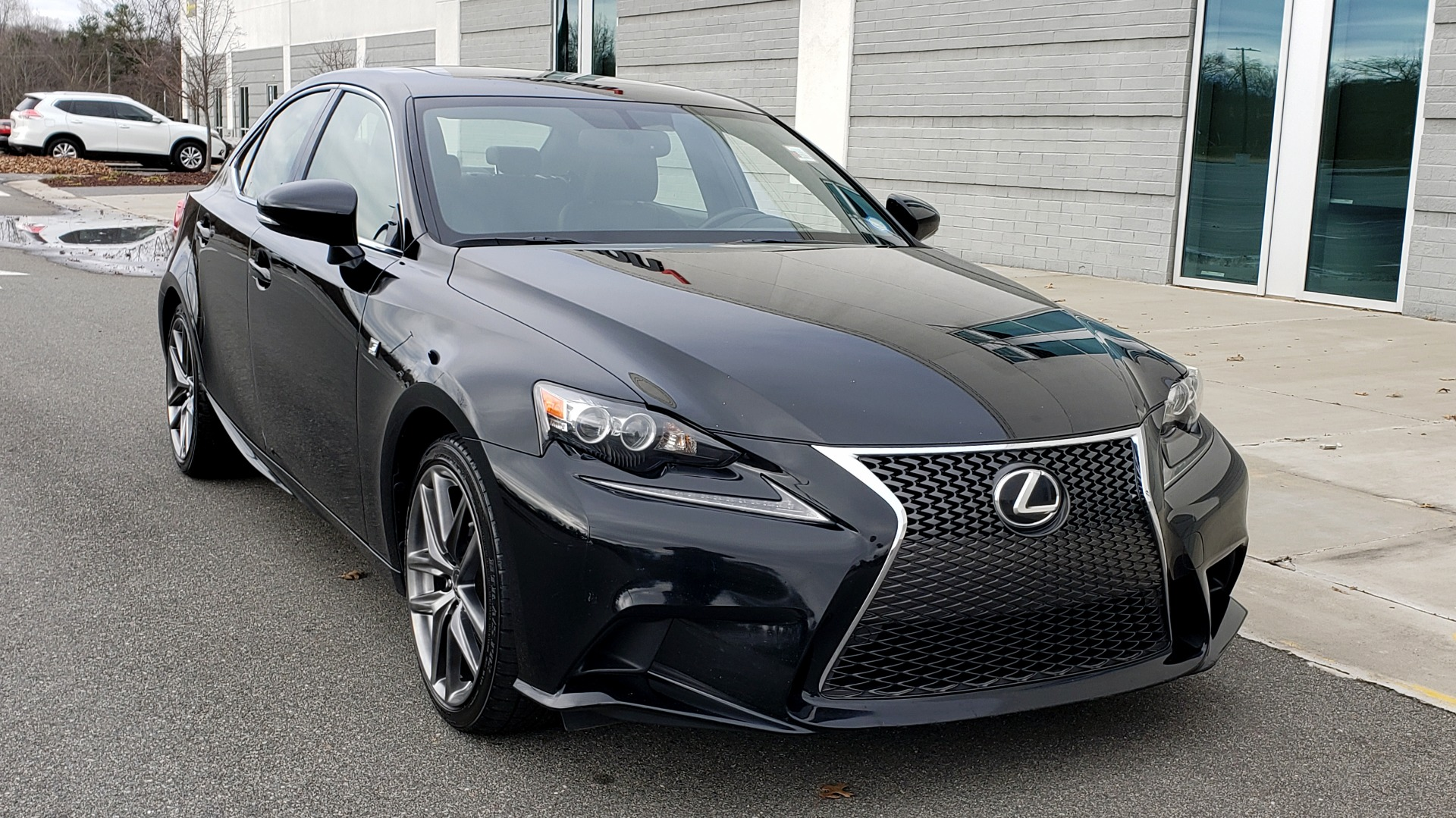 Used 2015 Lexus IS 250 F-SPORT / BLIND SPOT MON / SUNROOF / REARVIEW for sale Sold at Formula Imports in Charlotte NC 28227 4
