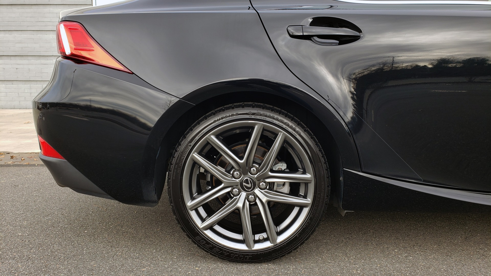 Used 2015 Lexus IS 250 F-SPORT / BLIND SPOT MON / SUNROOF / REARVIEW for sale Sold at Formula Imports in Charlotte NC 28227 79