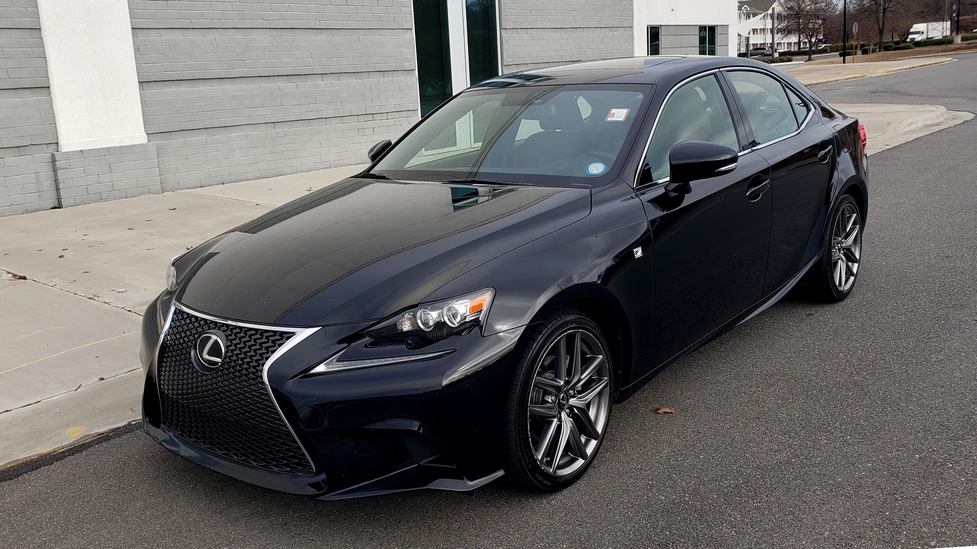 Used 2015 Lexus IS 250 F-SPORT / BLIND SPOT MON / SUNROOF / REARVIEW for sale Sold at Formula Imports in Charlotte NC 28227 1