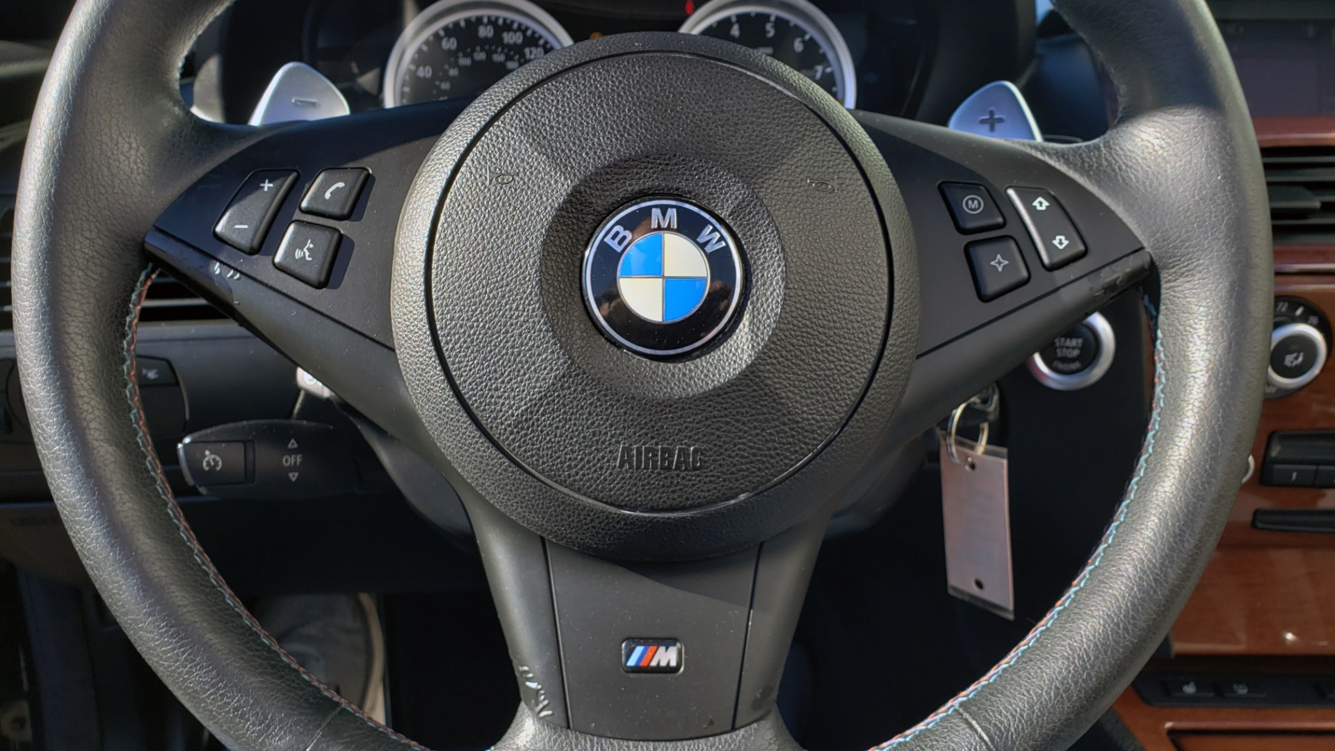 Used 2009 BMW M6 CONVERTIBLE / 5.0L V10 (500HP) / PREM SND / HUD / 19IN WHEELS for sale $24,999 at Formula Imports in Charlotte NC 28227 21