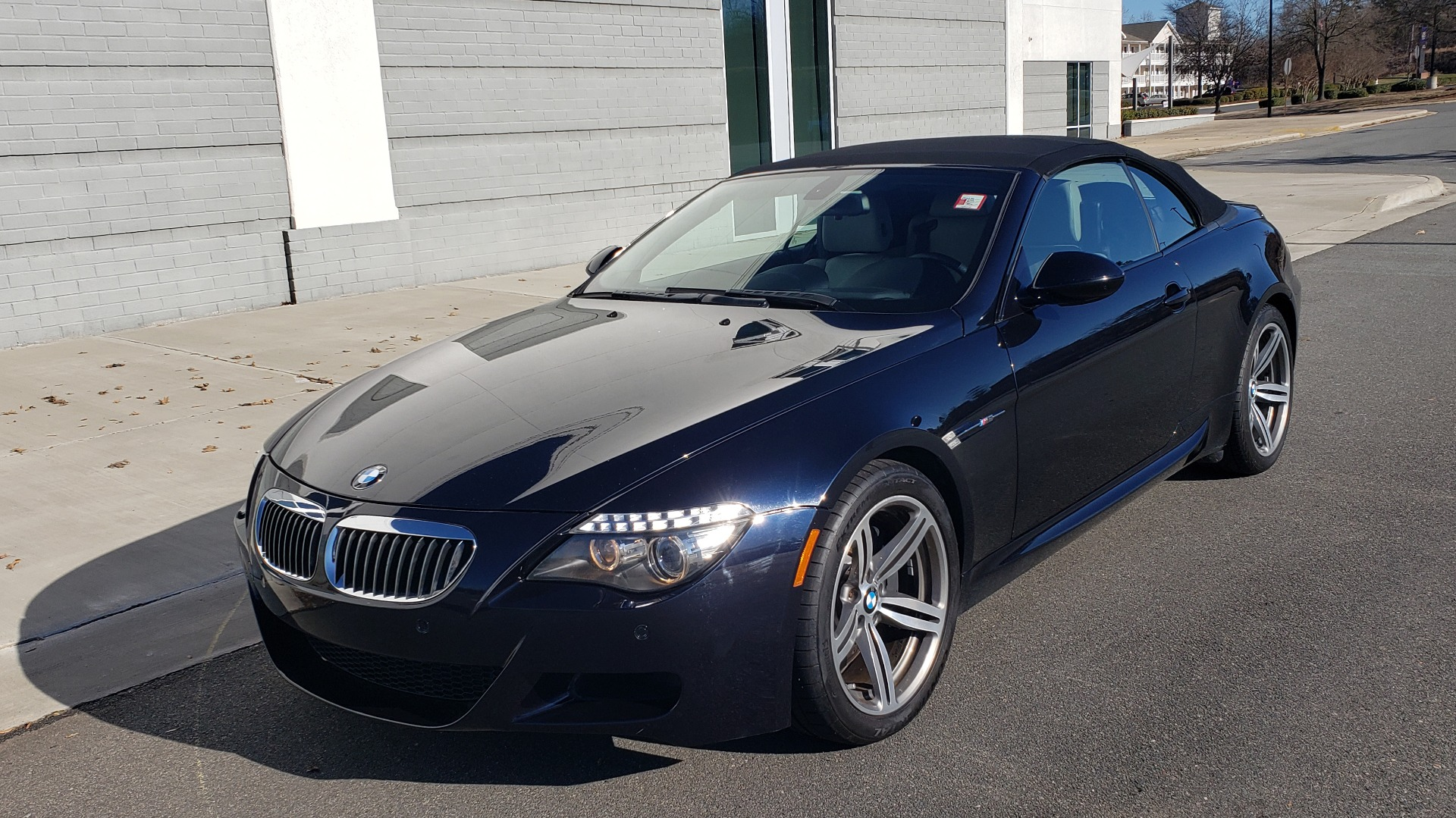 Used 2009 BMW M6 CONVERTIBLE / 5.0L V10 (500HP) / PREM SND / HUD / 19IN WHEELS for sale $24,999 at Formula Imports in Charlotte NC 28227 8