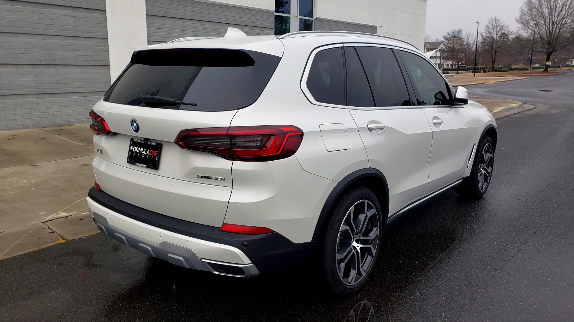 Used 2020 BMW X5 SDRIVE40I / CONV PKG / WIFI / NAV / PANO-ROOF / REARVIEW for sale Sold at Formula Imports in Charlotte NC 28227 6