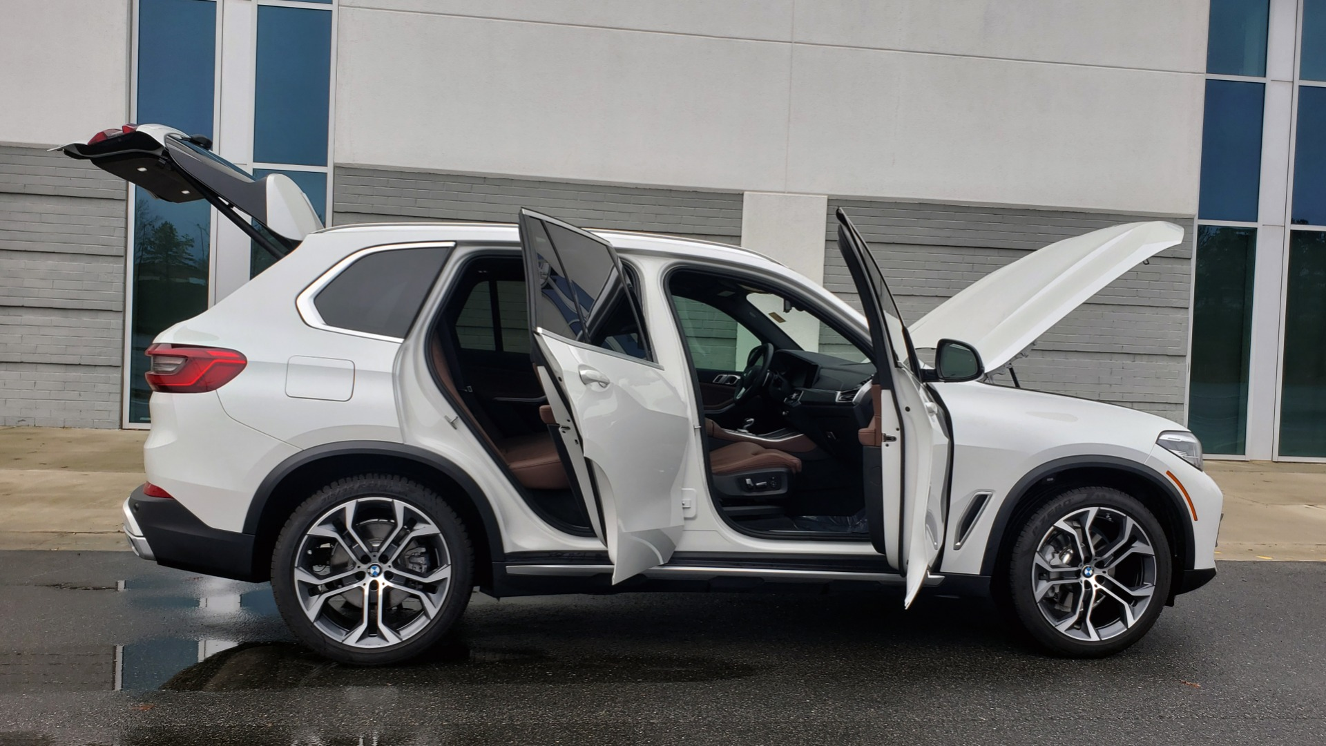 Used 2020 BMW X5 SDRIVE40I / CONV PKG / WIFI / NAV / PANO-ROOF / REARVIEW for sale Sold at Formula Imports in Charlotte NC 28227 8