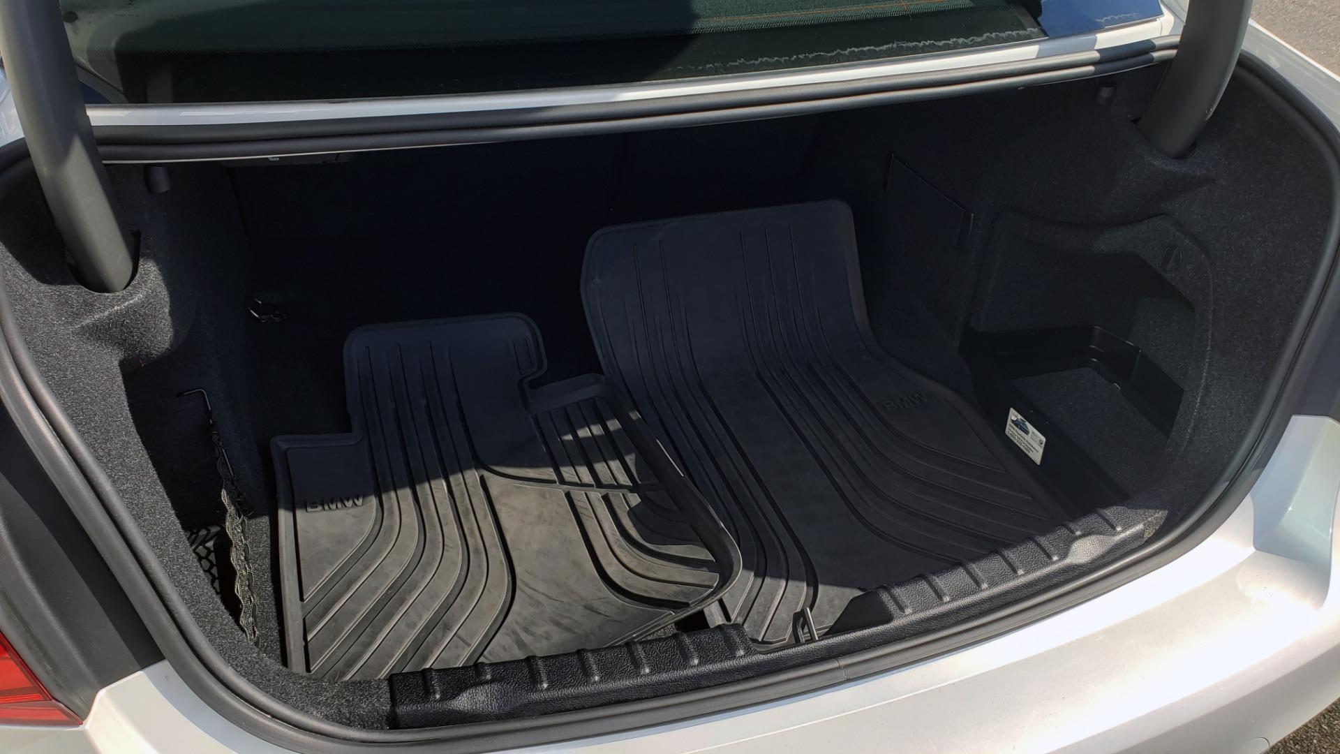 Used 2016 BMW M3 SEDAN / EXECUTIVE PKG / M-SUSPENSION / HARMAN/KARDON SOUND for sale Sold at Formula Imports in Charlotte NC 28227 27