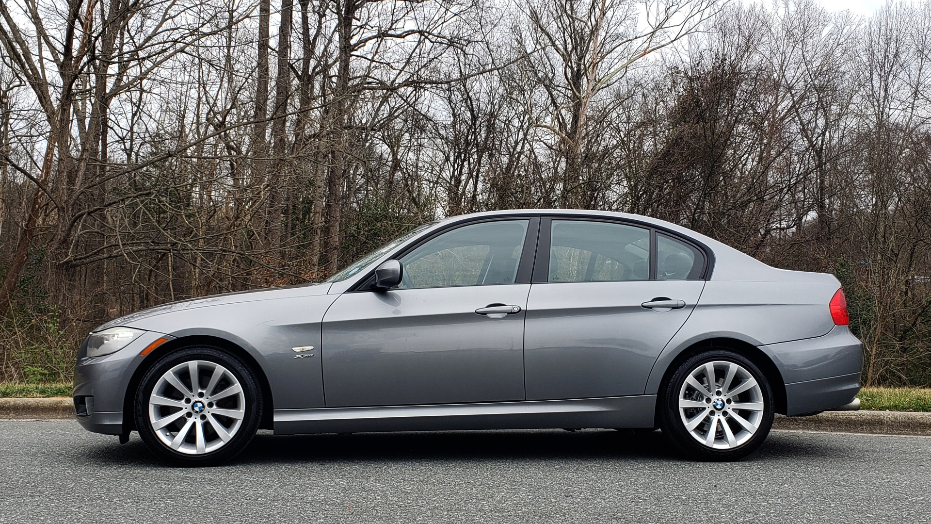 Used 2011 BMW 3 SERIES 328IXDRIVE PREMIUM / NAV / SUNROOF / HEATED SEATS for sale Sold at Formula Imports in Charlotte NC 28227 2