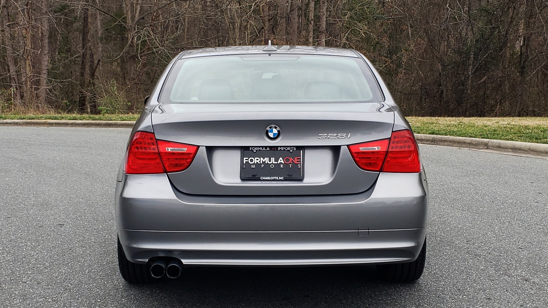 Used 2011 BMW 3 SERIES 328IXDRIVE PREMIUM / NAV / SUNROOF / HEATED SEATS for sale Sold at Formula Imports in Charlotte NC 28227 24