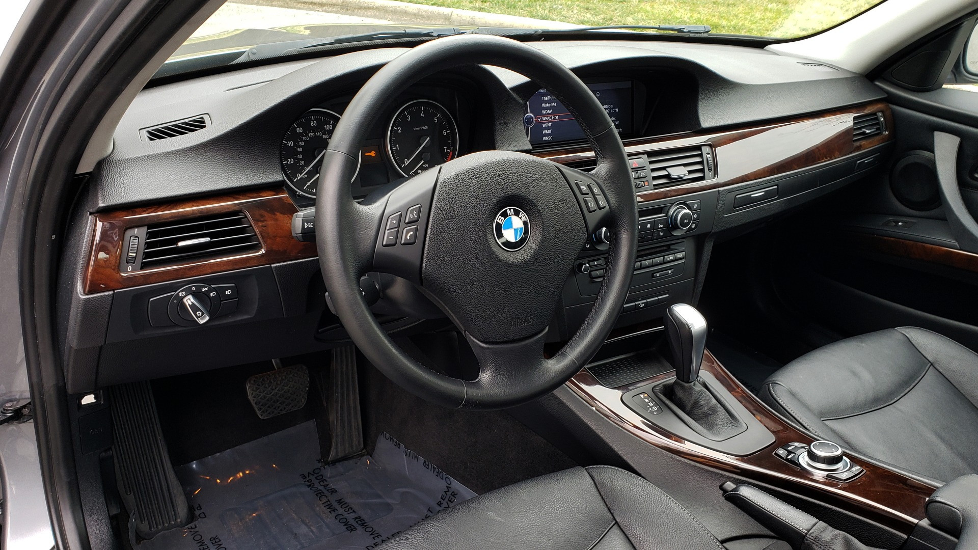 Used 2011 BMW 3 SERIES 328IXDRIVE PREMIUM / NAV / SUNROOF / HEATED SEATS for sale Sold at Formula Imports in Charlotte NC 28227 33