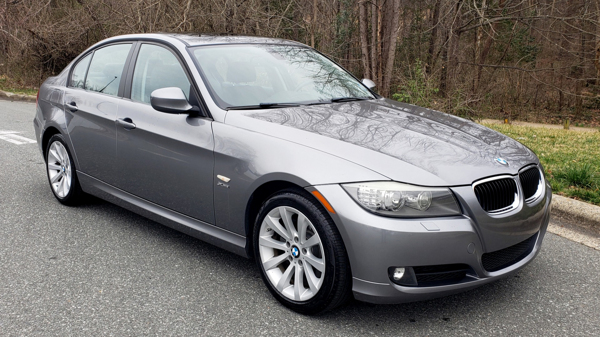 Used 2011 BMW 3 SERIES 328IXDRIVE PREMIUM / NAV / SUNROOF / HEATED SEATS for sale Sold at Formula Imports in Charlotte NC 28227 4