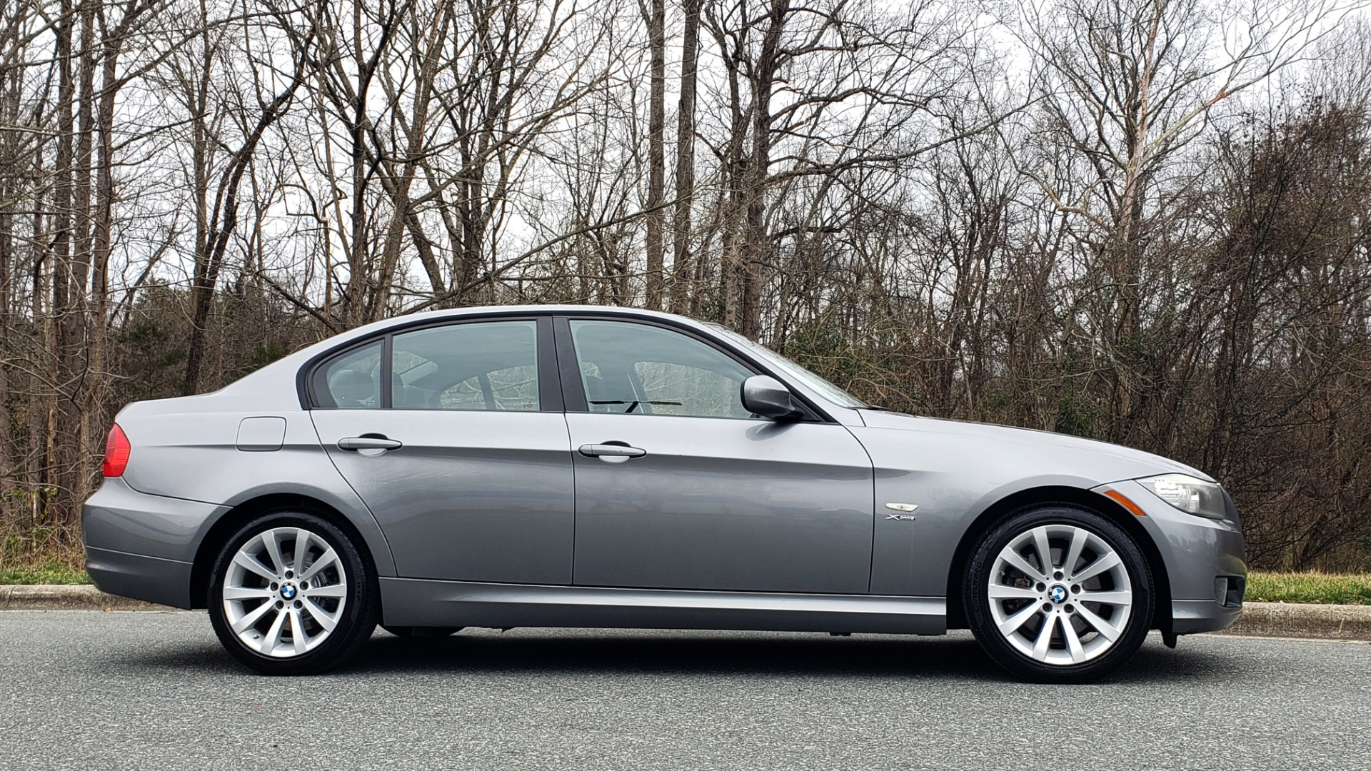 Used 2011 BMW 3 SERIES 328IXDRIVE PREMIUM / NAV / SUNROOF / HEATED SEATS for sale Sold at Formula Imports in Charlotte NC 28227 5