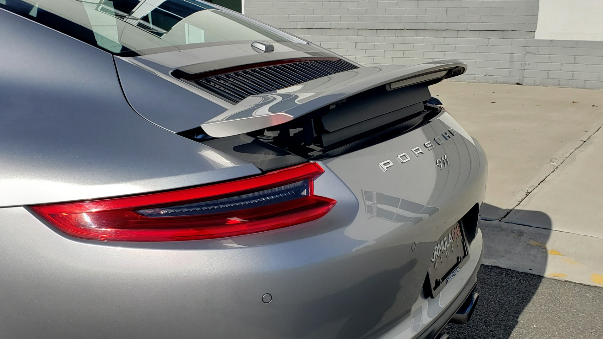 Used 2017 Porsche 911 CARRERA COUPE / 3.0L / 7-SPD MAN / NAV / PDLS / SUNROOF / REARVIEW for sale Sold at Formula Imports in Charlotte NC 28227 10