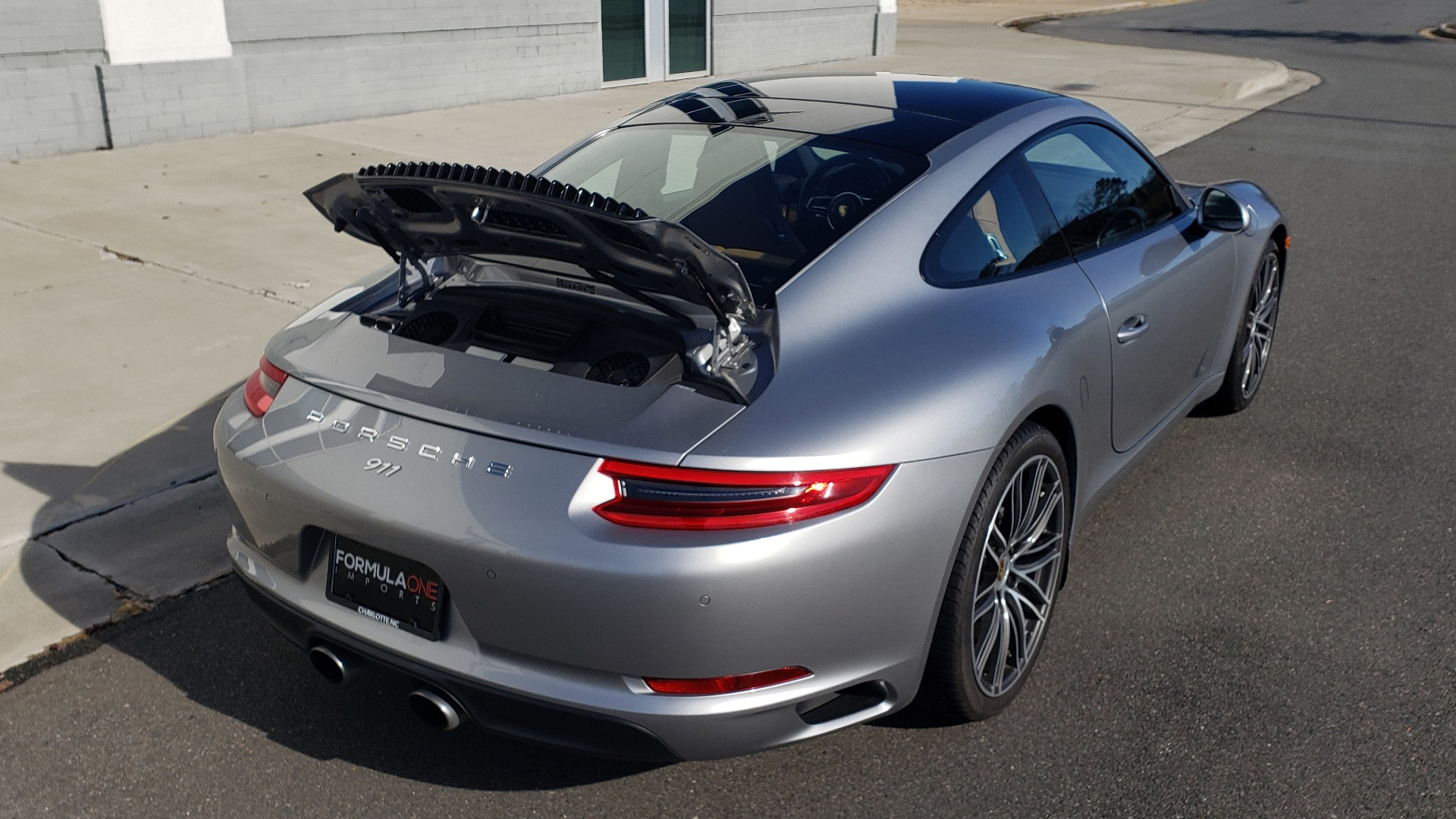 Used 2017 Porsche 911 CARRERA COUPE / 3.0L / 7-SPD MAN / NAV / PDLS / SUNROOF / REARVIEW for sale Sold at Formula Imports in Charlotte NC 28227 17