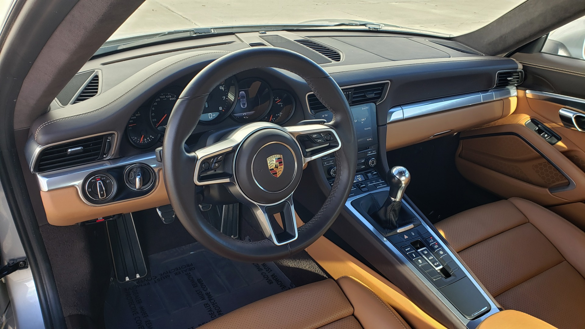 Used 2017 Porsche 911 CARRERA COUPE / 3.0L / 7-SPD MAN / NAV / PDLS / SUNROOF / REARVIEW for sale Sold at Formula Imports in Charlotte NC 28227 38