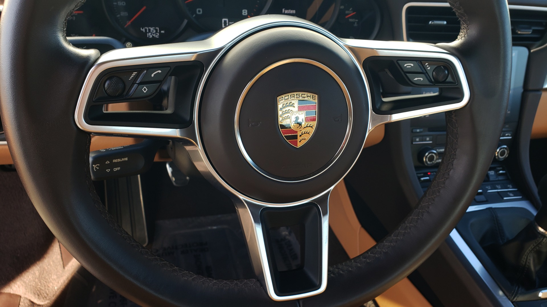 Used 2017 Porsche 911 CARRERA COUPE / 3.0L / 7-SPD MAN / NAV / PDLS / SUNROOF / REARVIEW for sale Sold at Formula Imports in Charlotte NC 28227 42