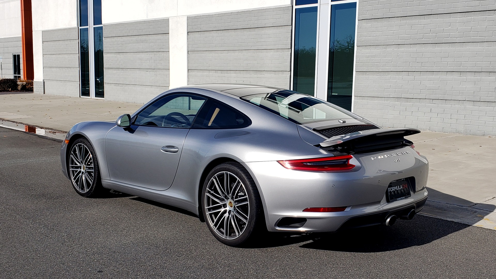 Used 2017 Porsche 911 CARRERA COUPE / 3.0L / 7-SPD MAN / NAV / PDLS / SUNROOF / REARVIEW for sale Sold at Formula Imports in Charlotte NC 28227 5