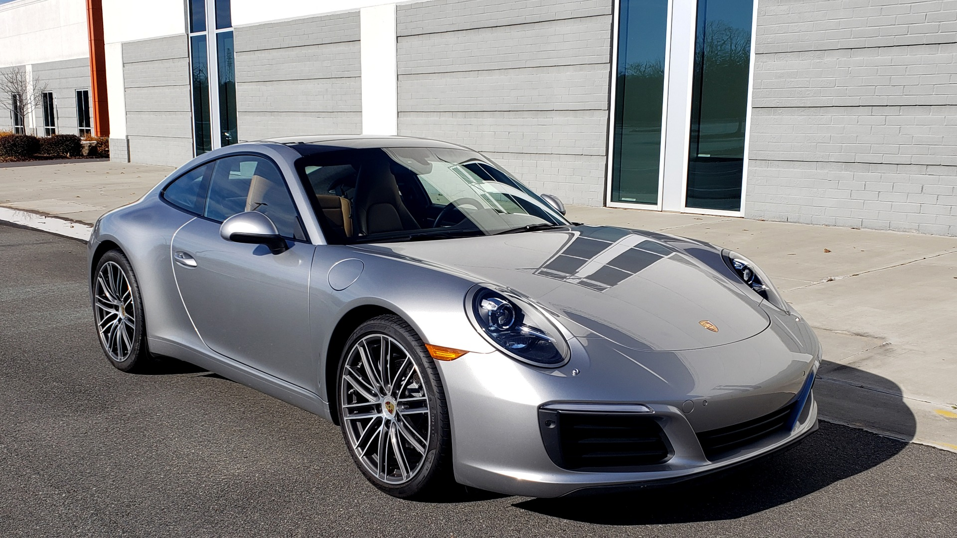 Used 2017 Porsche 911 CARRERA COUPE / 3.0L / 7-SPD MAN / NAV / PDLS / SUNROOF / REARVIEW for sale Sold at Formula Imports in Charlotte NC 28227 6