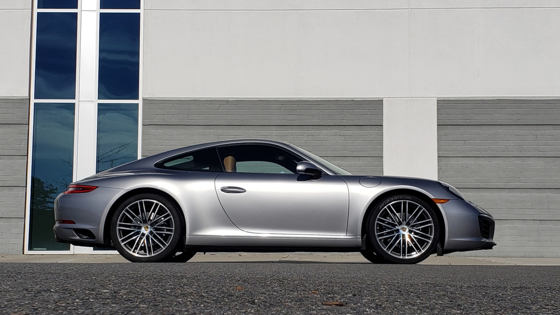 Used 2017 Porsche 911 CARRERA COUPE / 3.0L / 7-SPD MAN / NAV / PDLS / SUNROOF / REARVIEW for sale Sold at Formula Imports in Charlotte NC 28227 7