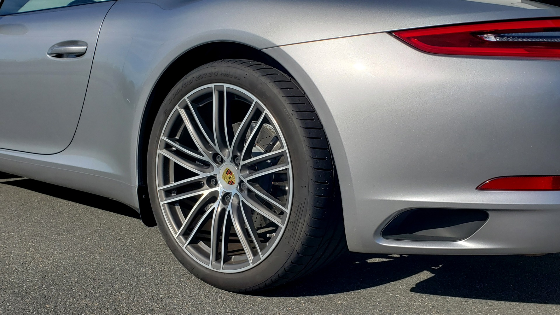 Used 2017 Porsche 911 CARRERA COUPE / 3.0L / 7-SPD MAN / NAV / PDLS / SUNROOF / REARVIEW for sale Sold at Formula Imports in Charlotte NC 28227 74