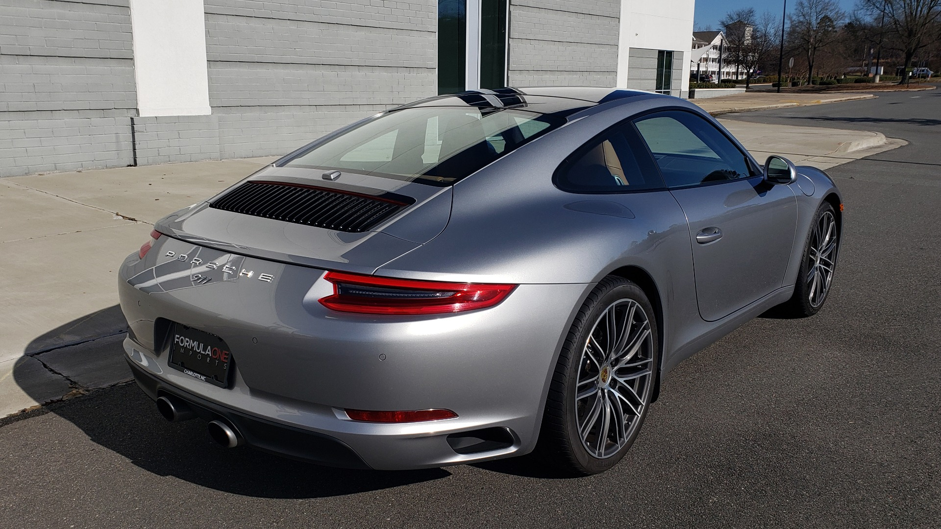 Used 2017 Porsche 911 CARRERA COUPE / 3.0L / 7-SPD MAN / NAV / PDLS / SUNROOF / REARVIEW for sale Sold at Formula Imports in Charlotte NC 28227 8