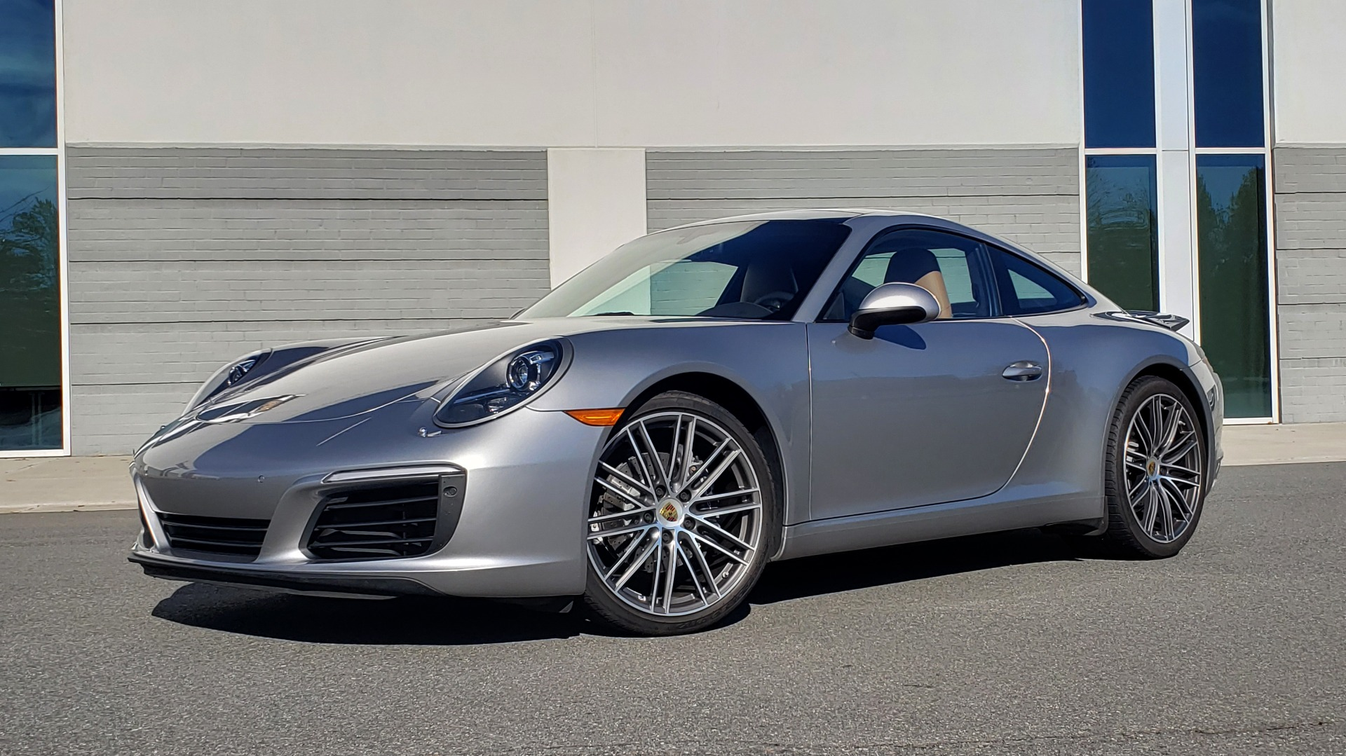 Used 2017 Porsche 911 CARRERA COUPE / 3.0L / 7-SPD MAN / NAV / PDLS / SUNROOF / REARVIEW for sale Sold at Formula Imports in Charlotte NC 28227 1