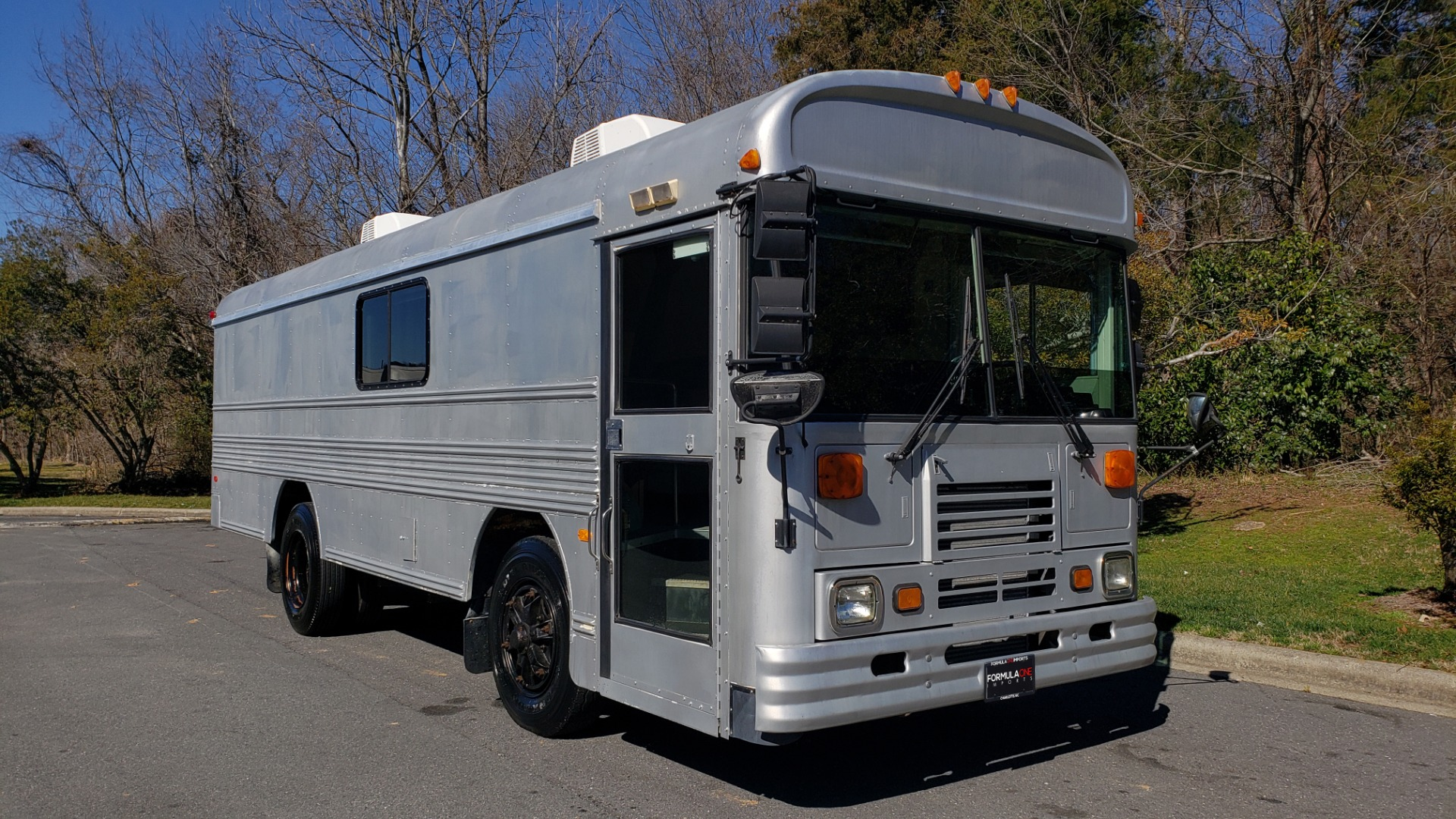 Used 1993 Chevrolet BLUEBIRD SCHOOL BUS 30' / CUMMINS DIESEL / AIR / GENERATOR for sale $35,000 at Formula Imports in Charlotte NC 28227 6