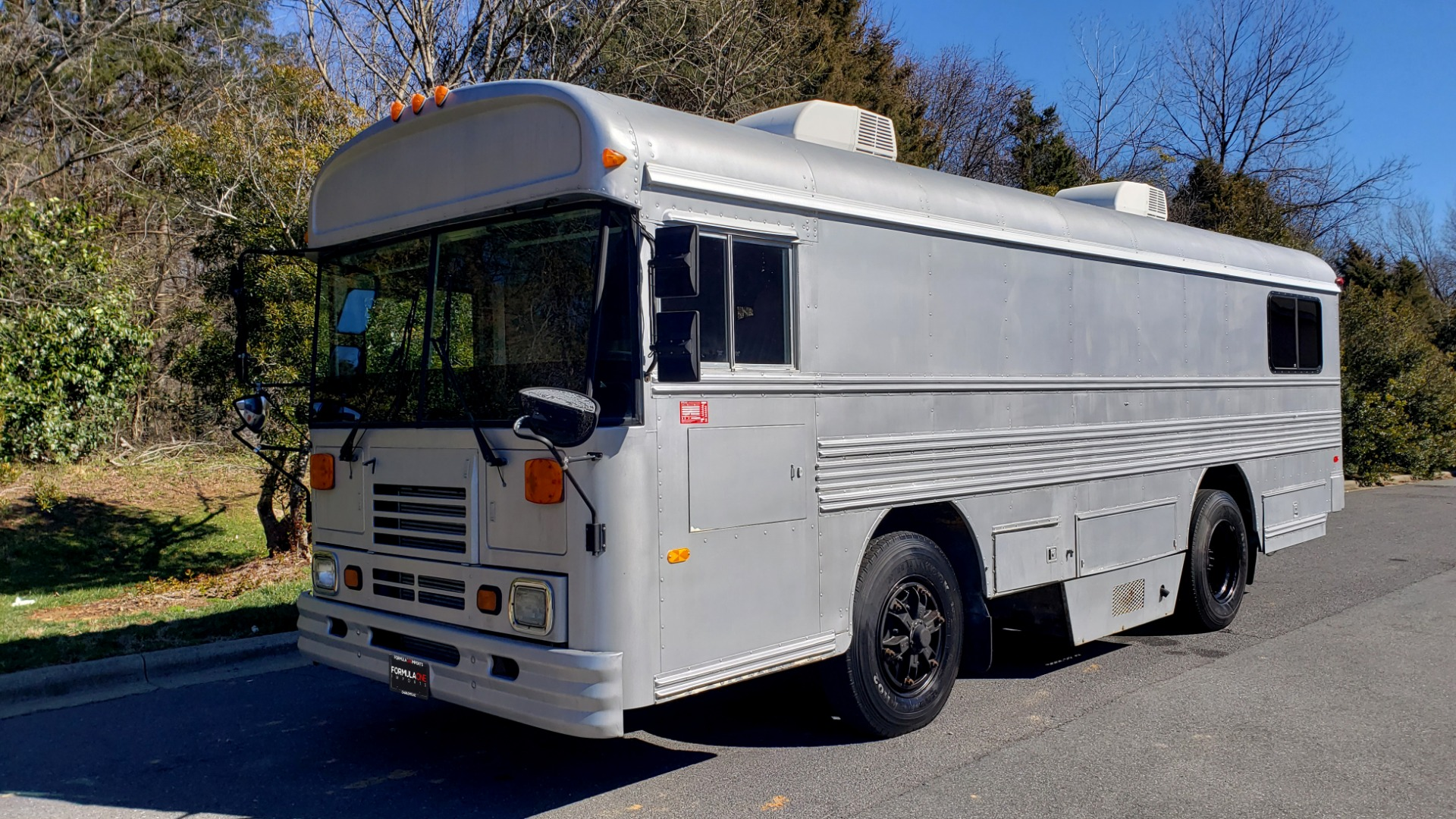 Used 1993 Chevrolet BLUEBIRD SCHOOL BUS 30' / CUMMINS DIESEL / AIR / GENERATOR for sale $35,000 at Formula Imports in Charlotte NC 28227 1
