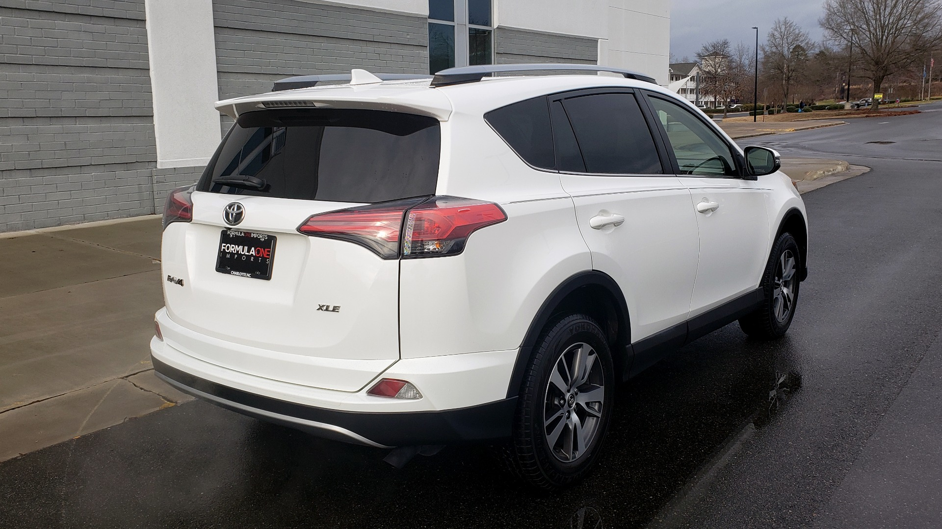 Used 2018 Toyota RAV4 XLE / FWD / 4-CYL / 6-SPD AUTO / BSM / REAR CROSS TRAFFIC ALERT for sale Sold at Formula Imports in Charlotte NC 28227 2