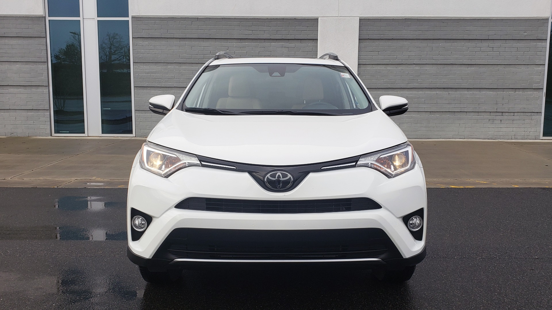 Used 2018 Toyota RAV4 XLE / FWD / 4-CYL / 6-SPD AUTO / BSM / REAR CROSS TRAFFIC ALERT for sale Sold at Formula Imports in Charlotte NC 28227 20