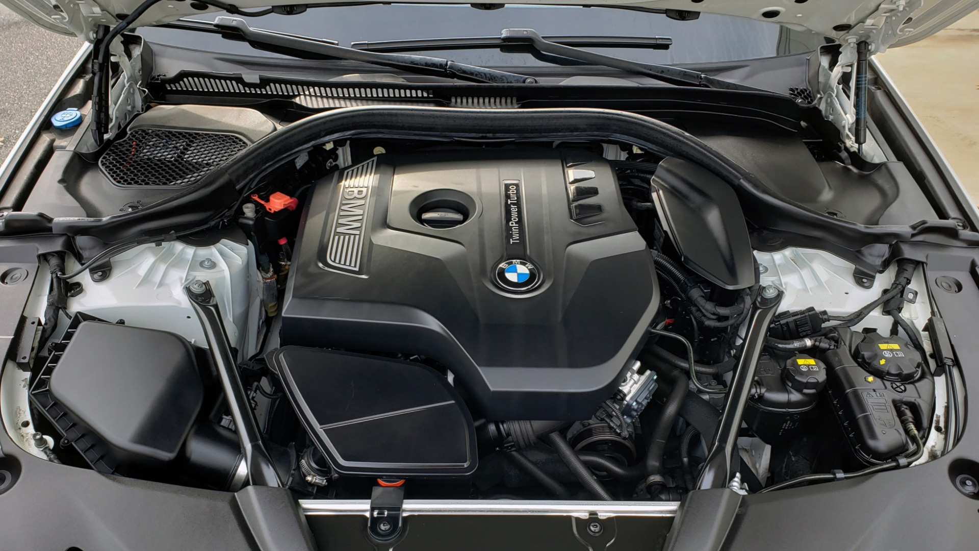 Used 2017 BMW 5 SERIES 530I PREMIUM / DRVR ASST PLUS / NAV / HUD / SUNROOF / REARVIEW for sale Sold at Formula Imports in Charlotte NC 28227 16