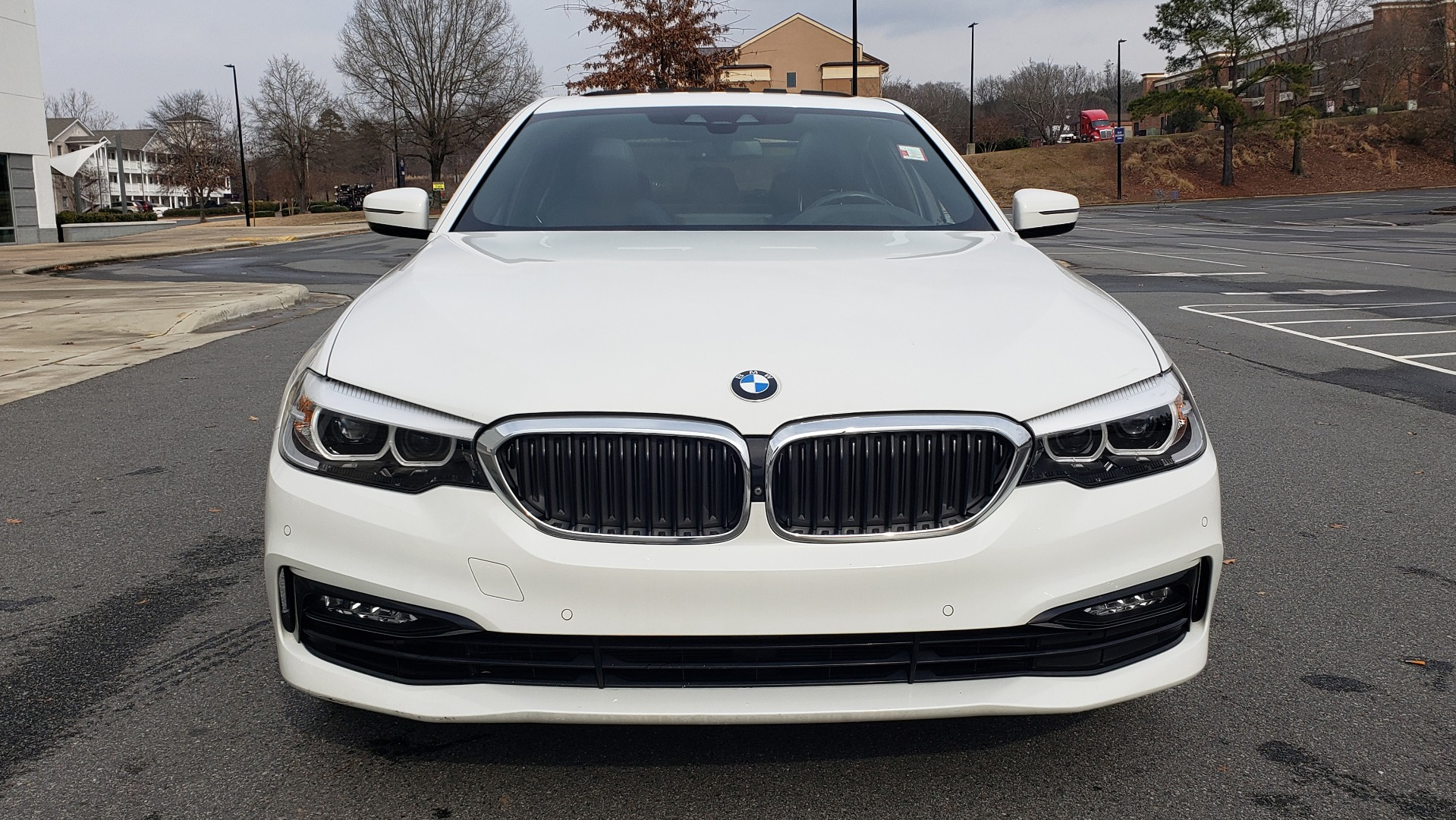 Used 2017 BMW 5 SERIES 530I PREMIUM / DRVR ASST PLUS / NAV / HUD / SUNROOF / REARVIEW for sale Sold at Formula Imports in Charlotte NC 28227 29