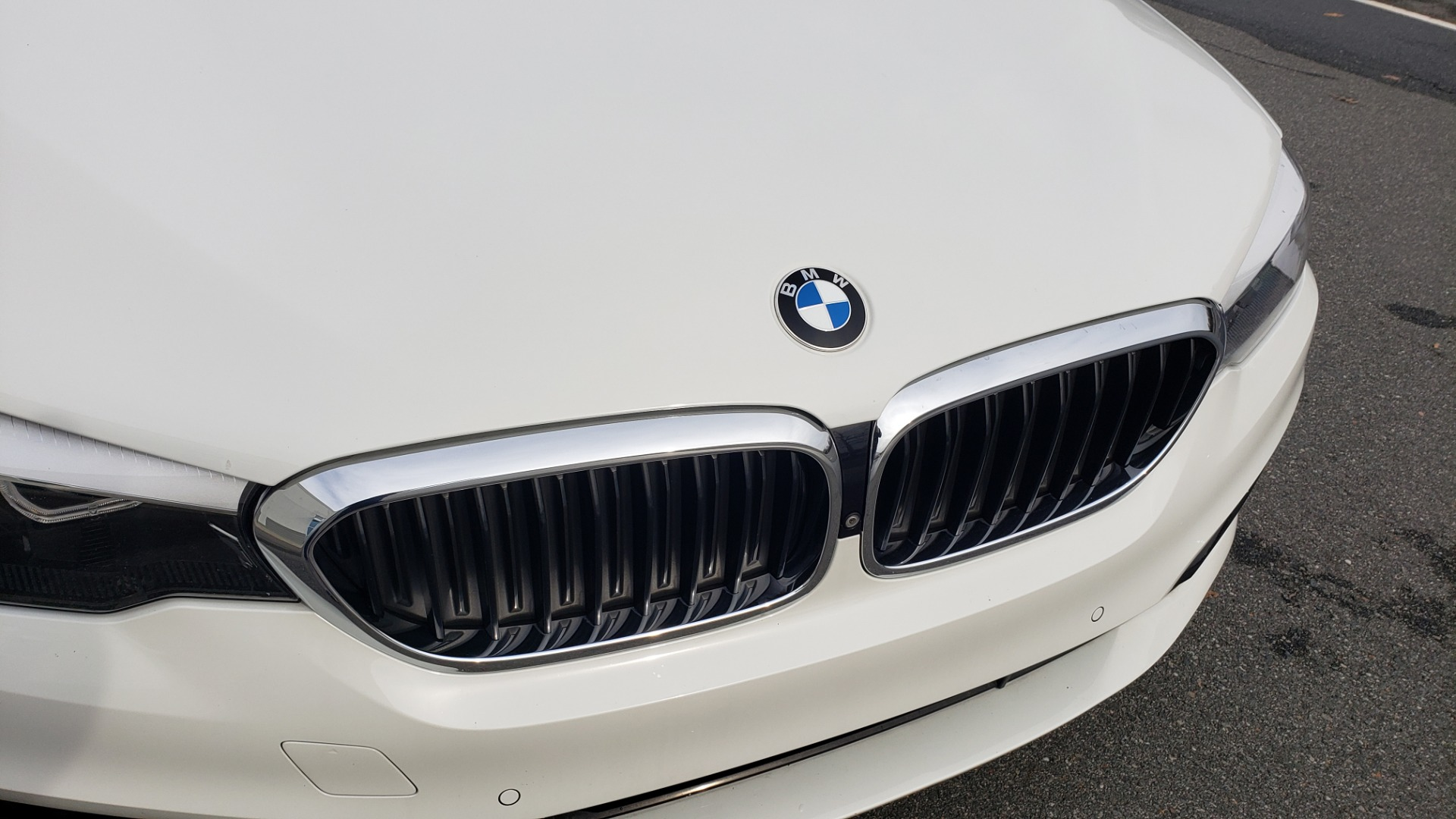 Used 2017 BMW 5 SERIES 530I PREMIUM / DRVR ASST PLUS / NAV / HUD / SUNROOF / REARVIEW for sale Sold at Formula Imports in Charlotte NC 28227 32