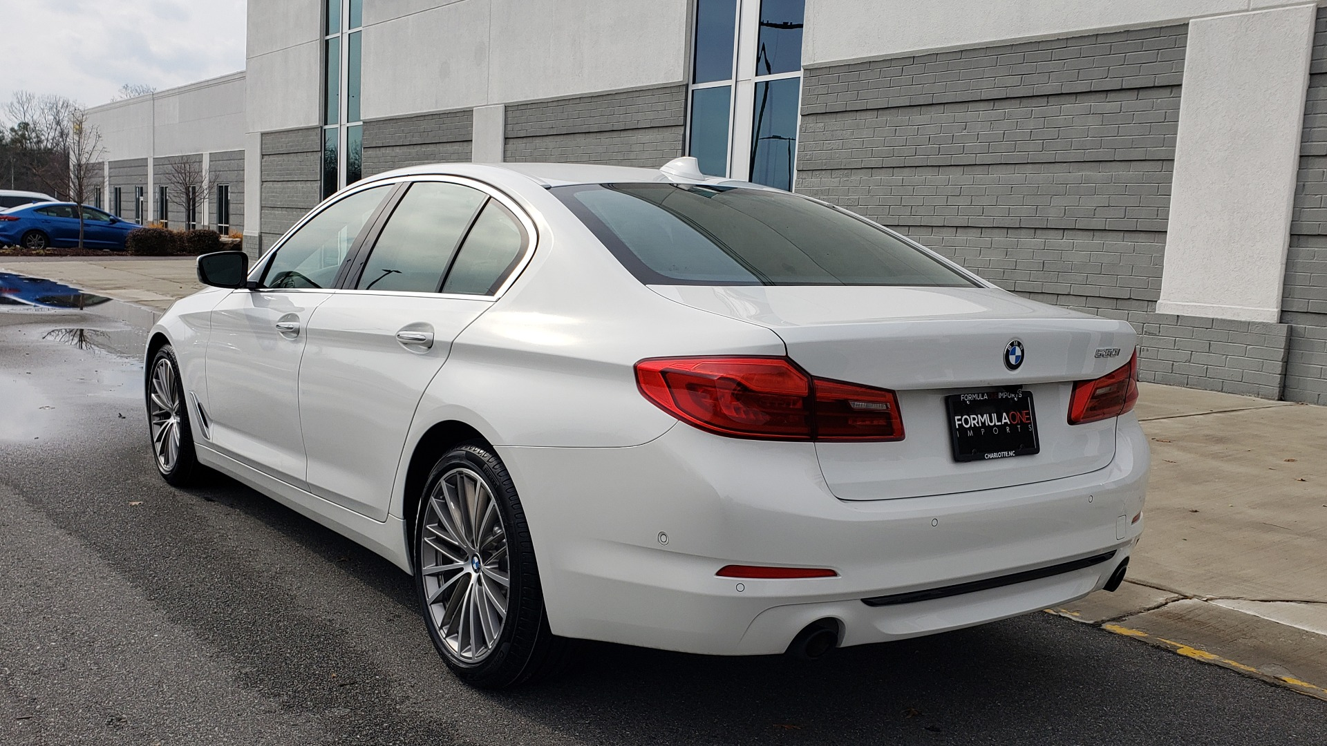 Used 2017 BMW 5 SERIES 530I PREMIUM / DRVR ASST PLUS / NAV / HUD / SUNROOF / REARVIEW for sale Sold at Formula Imports in Charlotte NC 28227 6