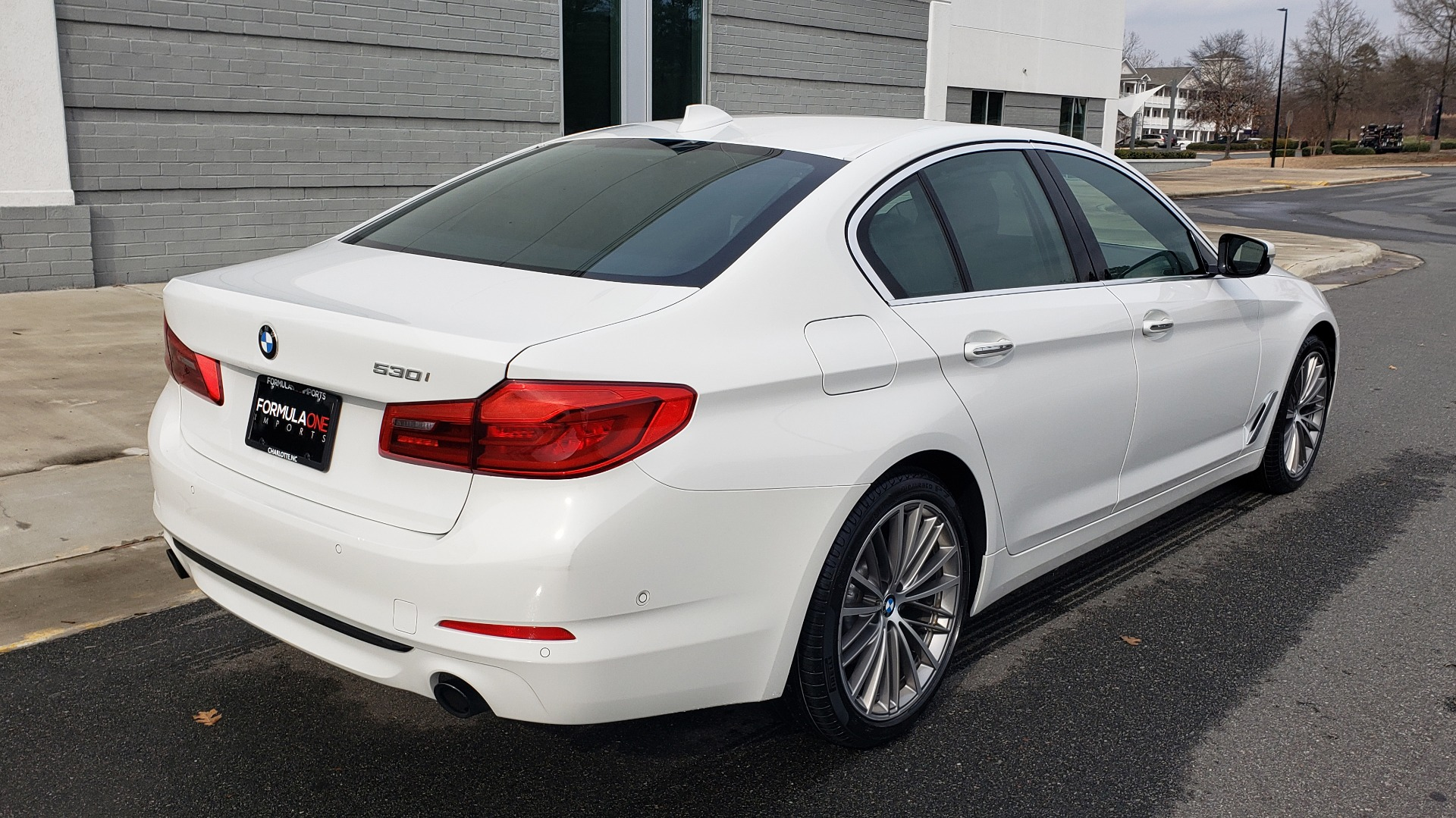 Used 2017 BMW 5 SERIES 530I PREMIUM / DRVR ASST PLUS / NAV / HUD / SUNROOF / REARVIEW for sale Sold at Formula Imports in Charlotte NC 28227 7