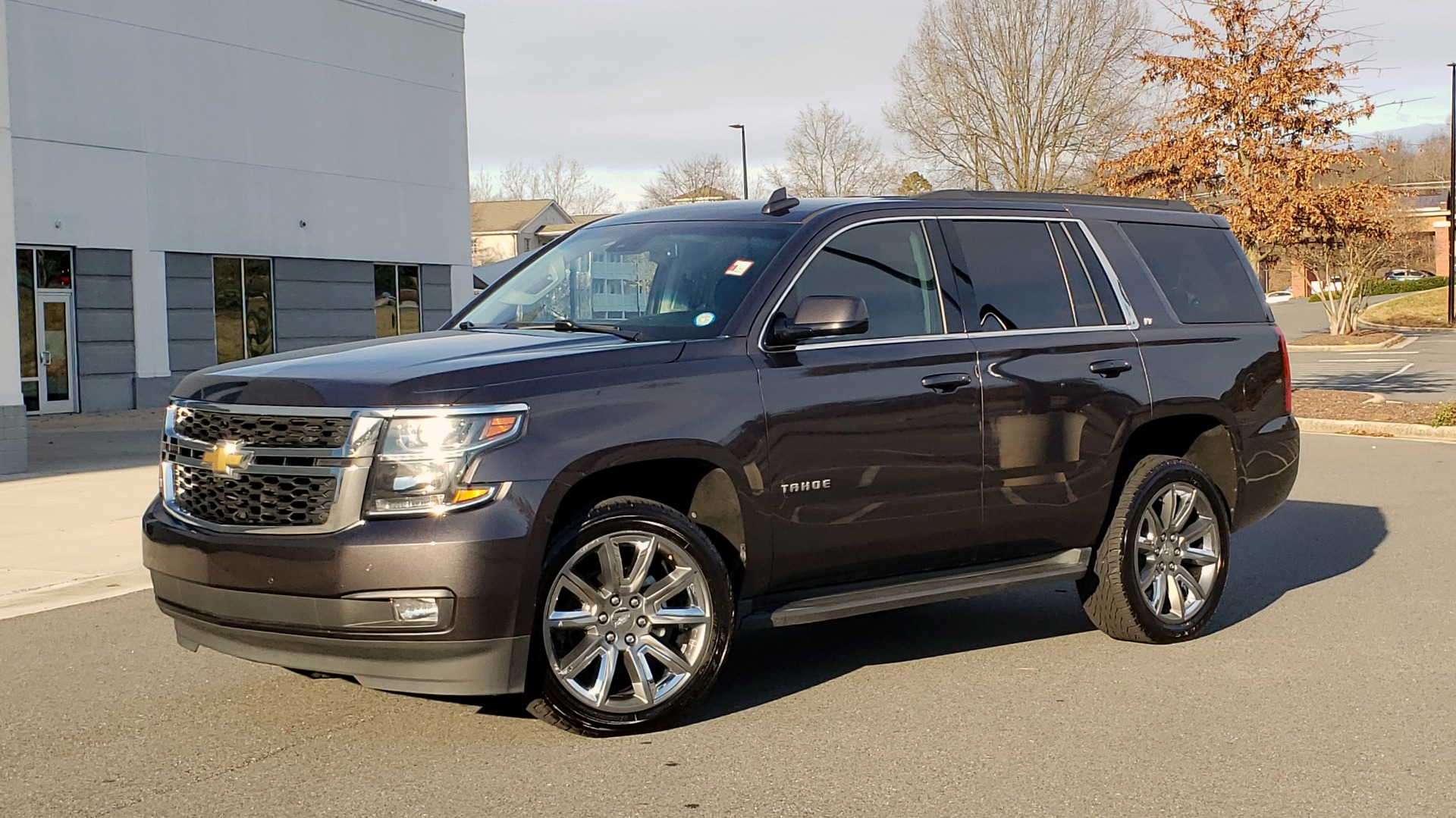 Used 2017 Chevrolet TAHOE 4WD LT / LUXURY PKG / NAV / BOSE / 3-ROW / REARVIEW for sale Sold at Formula Imports in Charlotte NC 28227 1