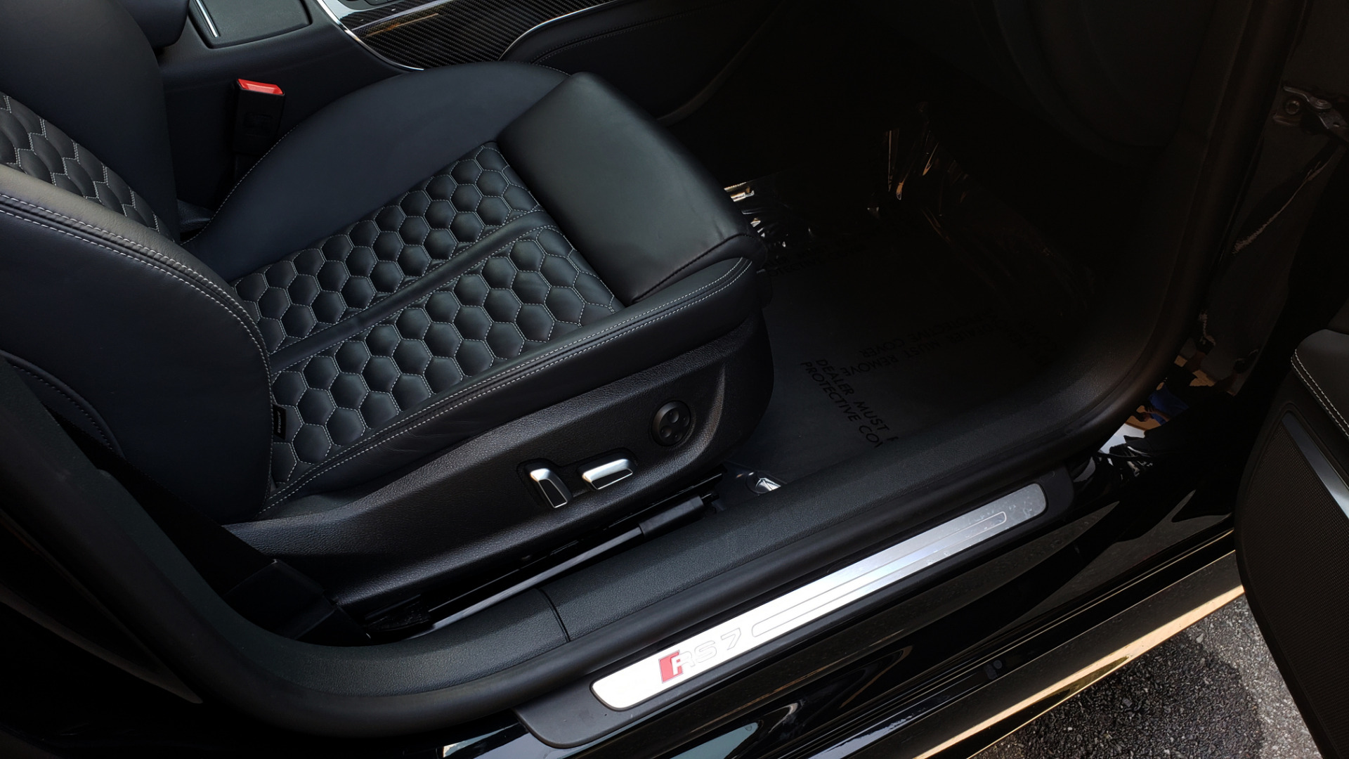 Used 2016 Audi RS 7 PRESTIGE / NAV / SUNROOF / BOSE / CAMERA / HTD STS for sale Sold at Formula Imports in Charlotte NC 28227 75