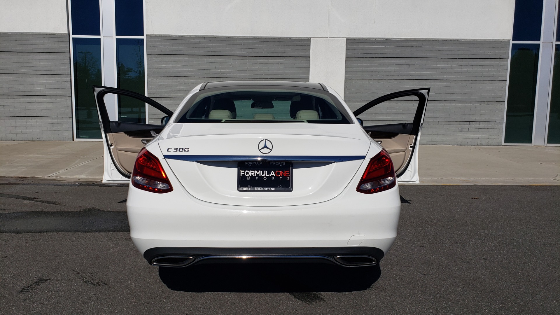 Used 2017 Mercedes-Benz C-CLASS C300 / 2.0L / 7-SPD AUTO / BSA / PANO-ROOF / REARVIEW for sale Sold at Formula Imports in Charlotte NC 28227 23