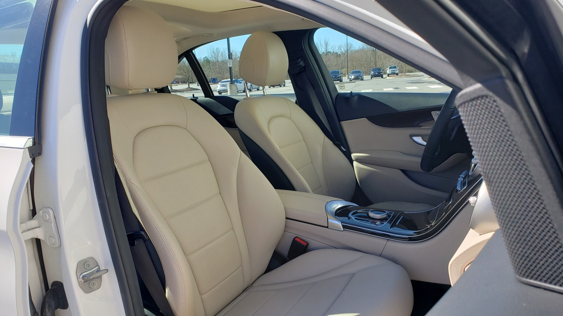 Used 2017 Mercedes-Benz C-CLASS C300 / 2.0L / 7-SPD AUTO / BSA / PANO-ROOF / REARVIEW for sale Sold at Formula Imports in Charlotte NC 28227 59