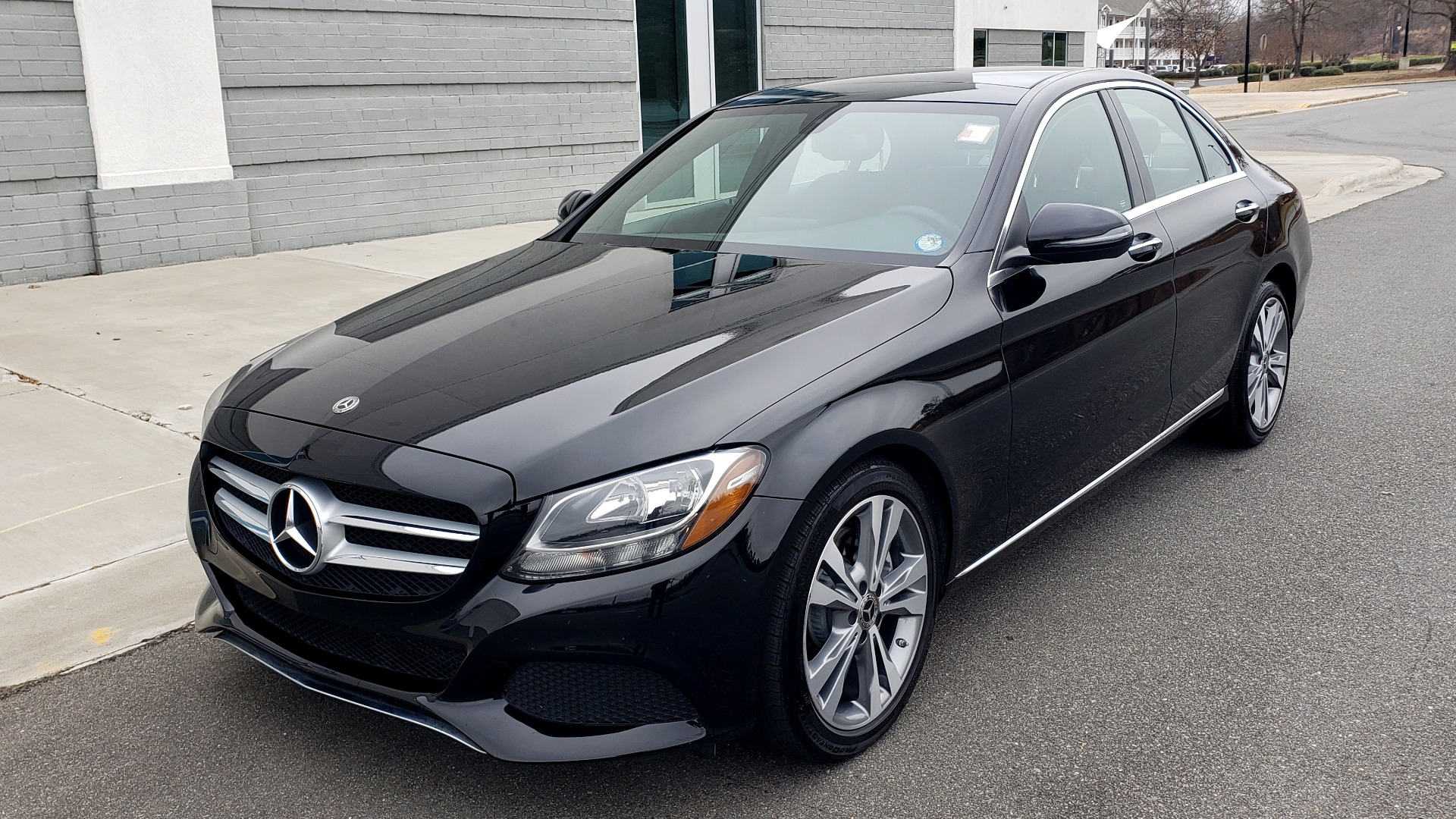 Used 2018 Mercedes-Benz C-CLASS C 300 PREMIUM / 2.0L TURBO / PANO-ROOF / KEYLESS-GO / REARVIEW for sale Sold at Formula Imports in Charlotte NC 28227 1