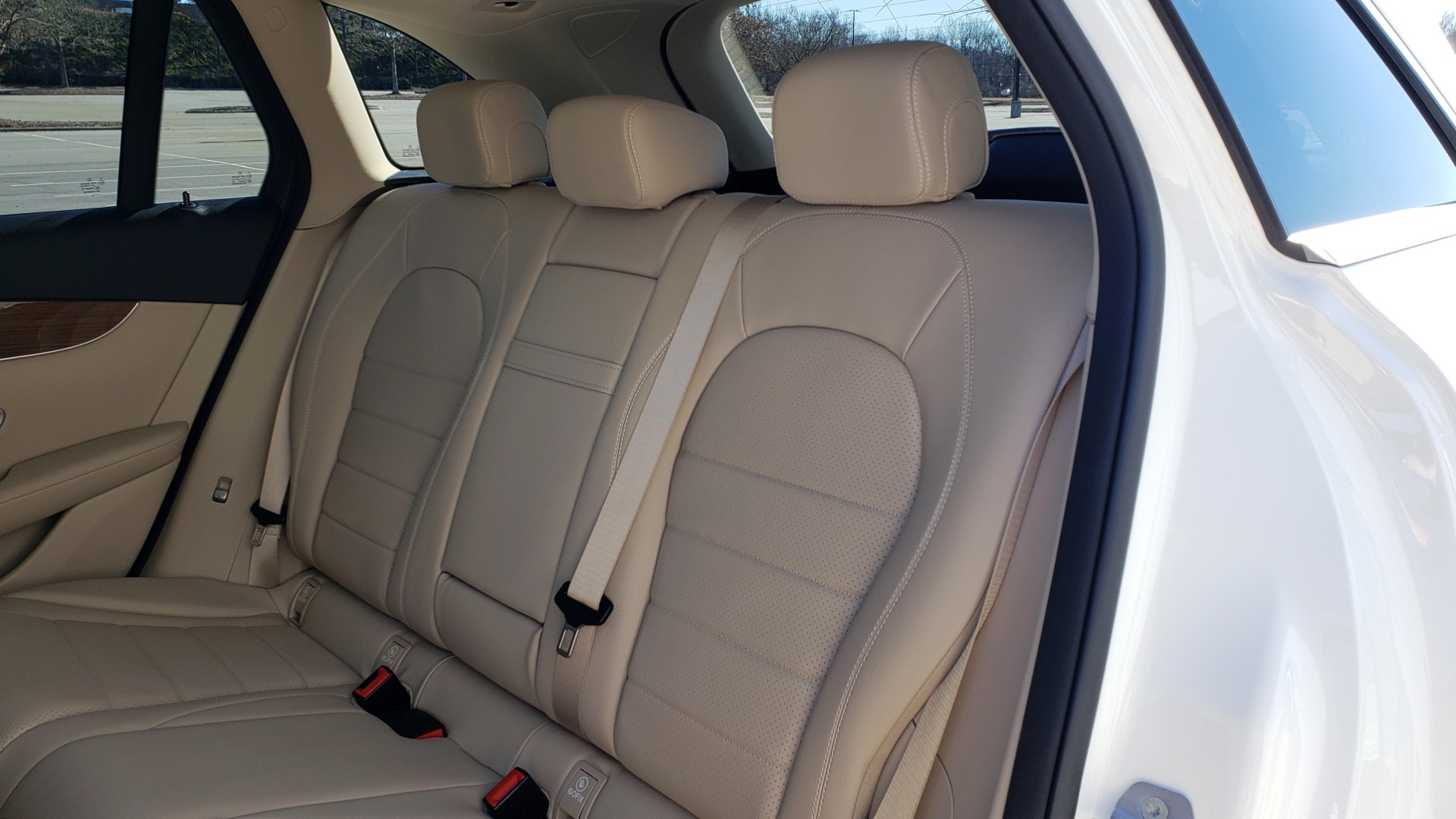 Used 2018 Mercedes-Benz GLC 300 4MATIC / PREM PKG / NAV / SUNROOF / REARVIEW for sale $36,995 at Formula Imports in Charlotte NC 28227 66